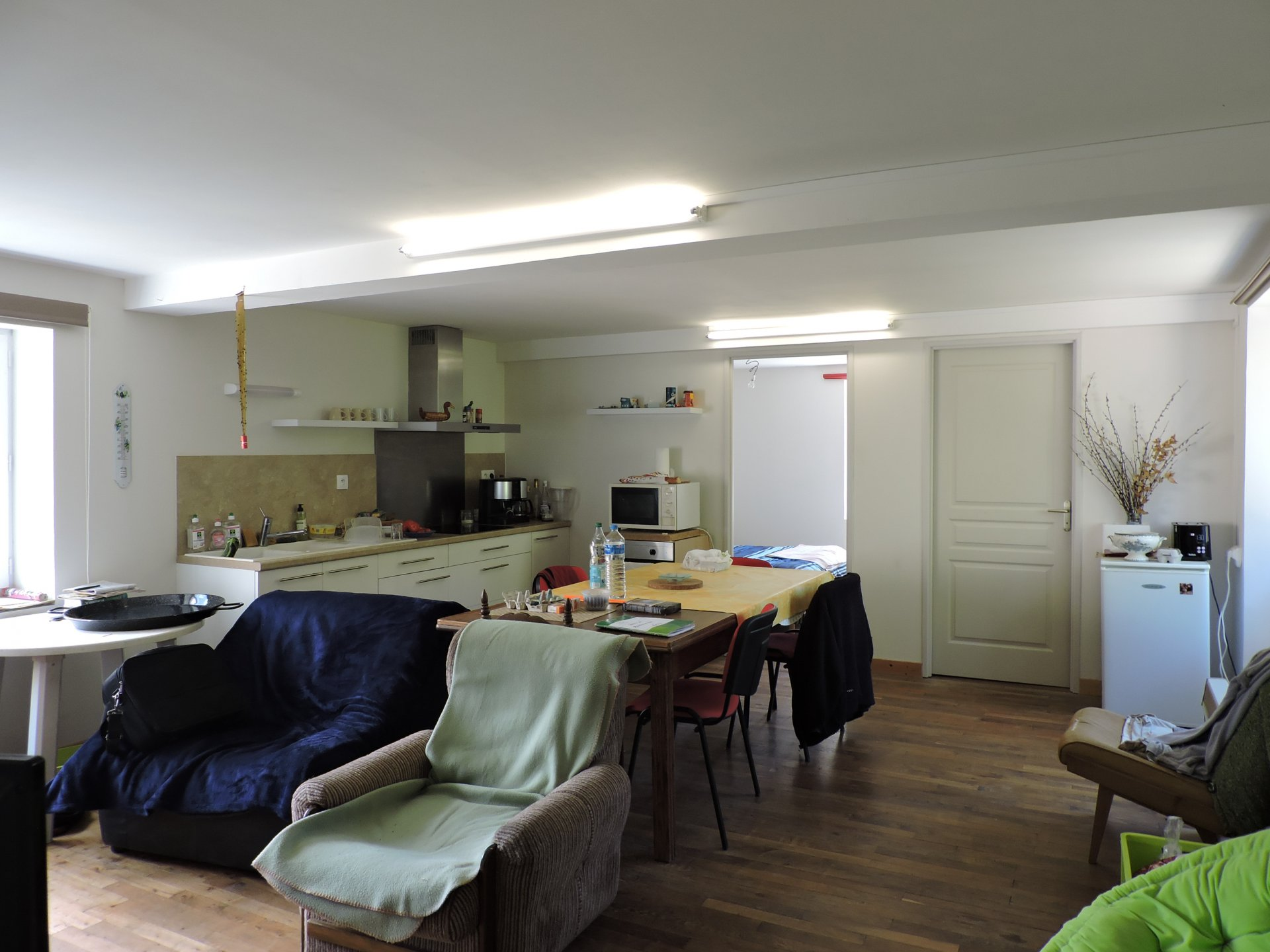 Right wing: Living room of the 1st floor flat