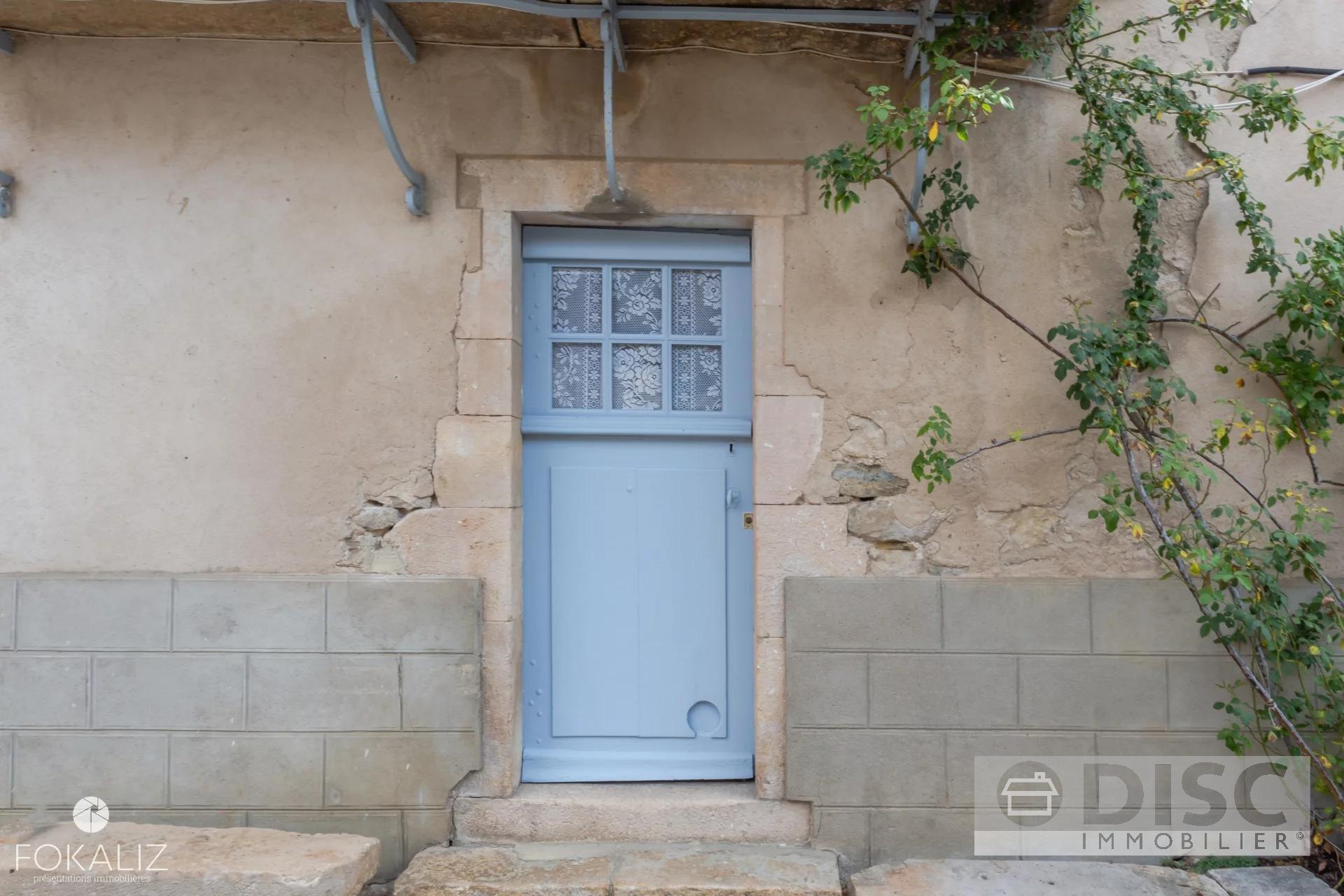 Belle maison de village entièrement rénové.