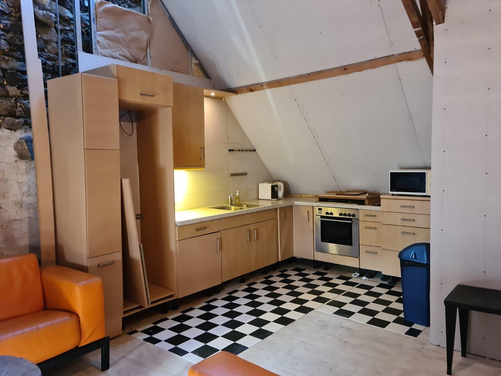 Ancien moulin à eau et habitation a vendre dans la Creuse.