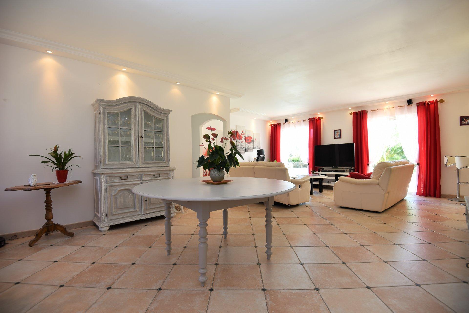 Venta Villa - Lorgues - Francia
