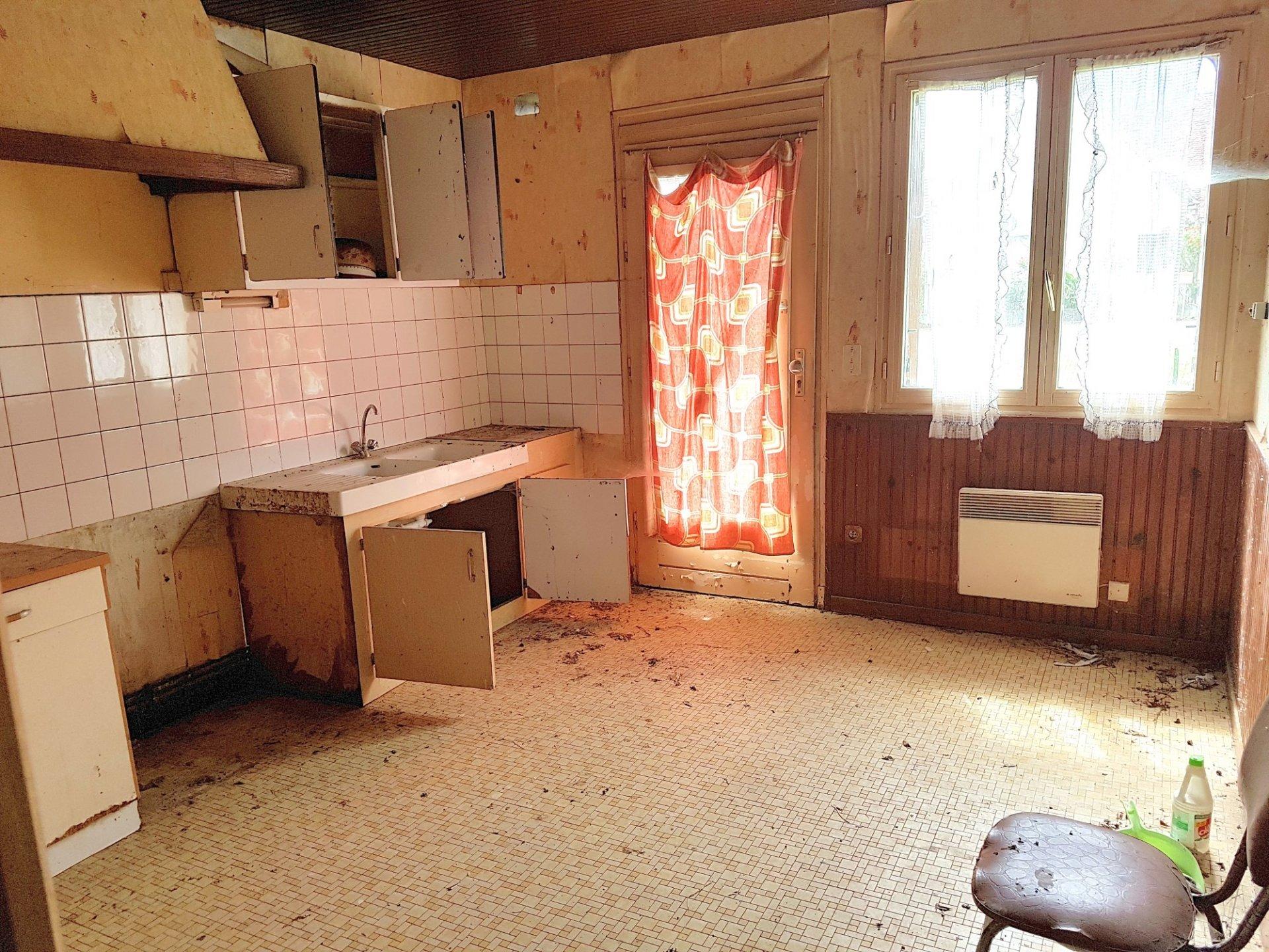Zwei Häuser mit Scheune zu verkaufen in der Brenne, Indre 36