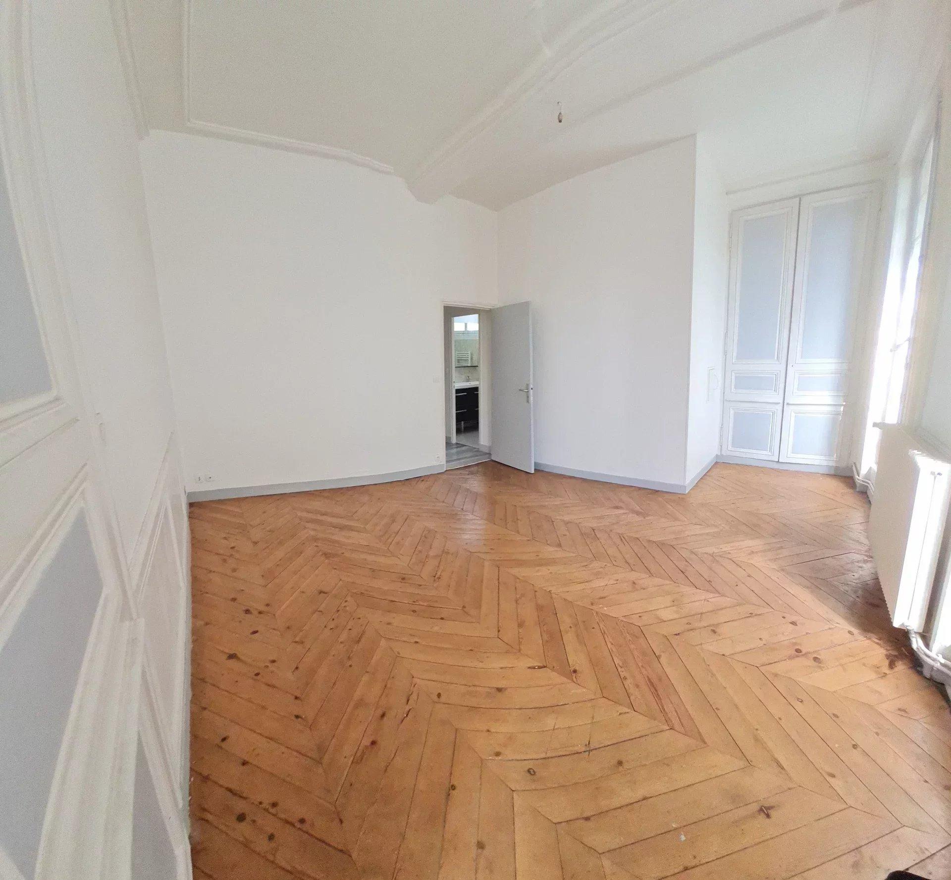 Appartement F4 elbeuf