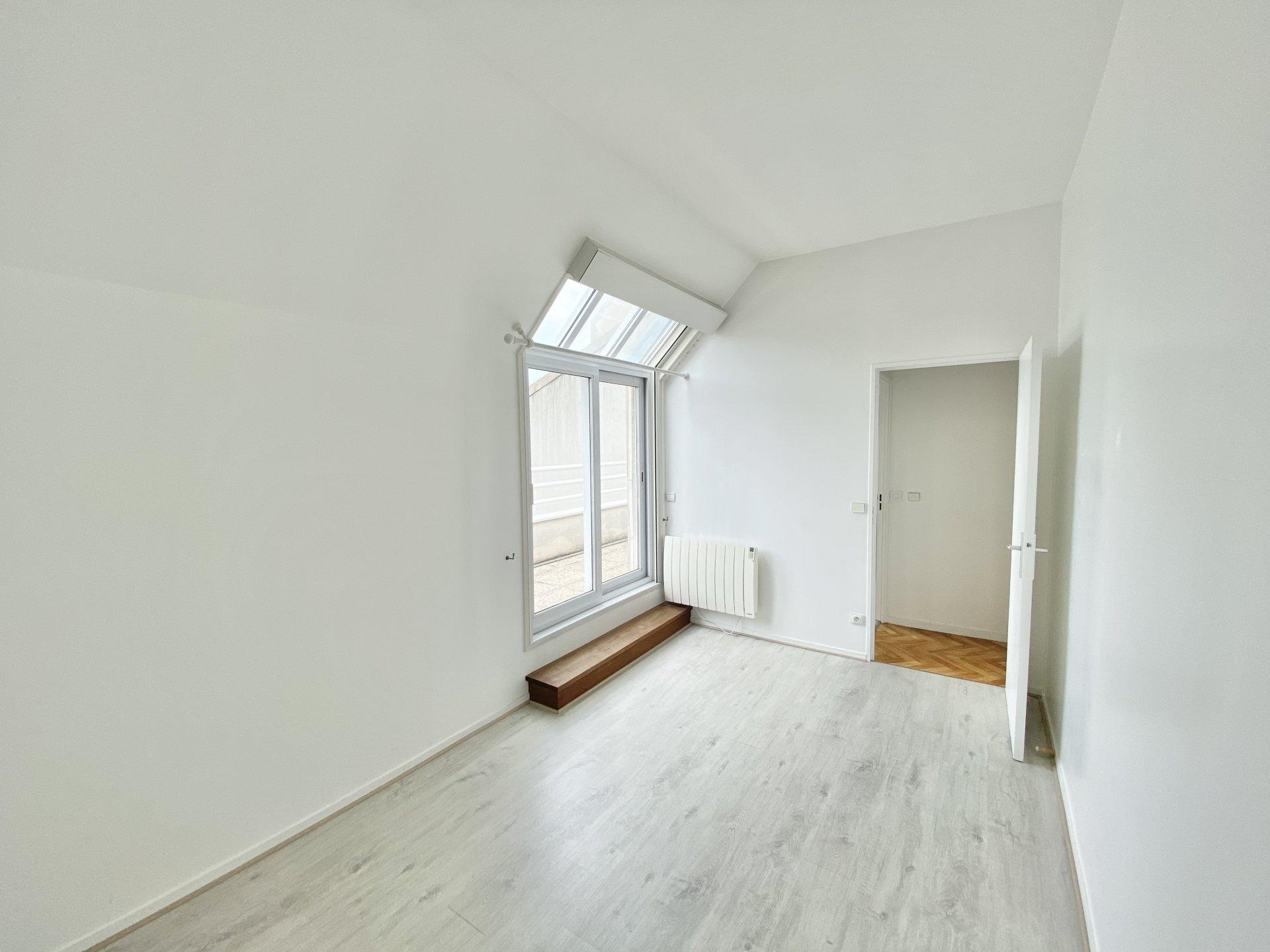 Sale Apartment - Asnières-sur-Seine