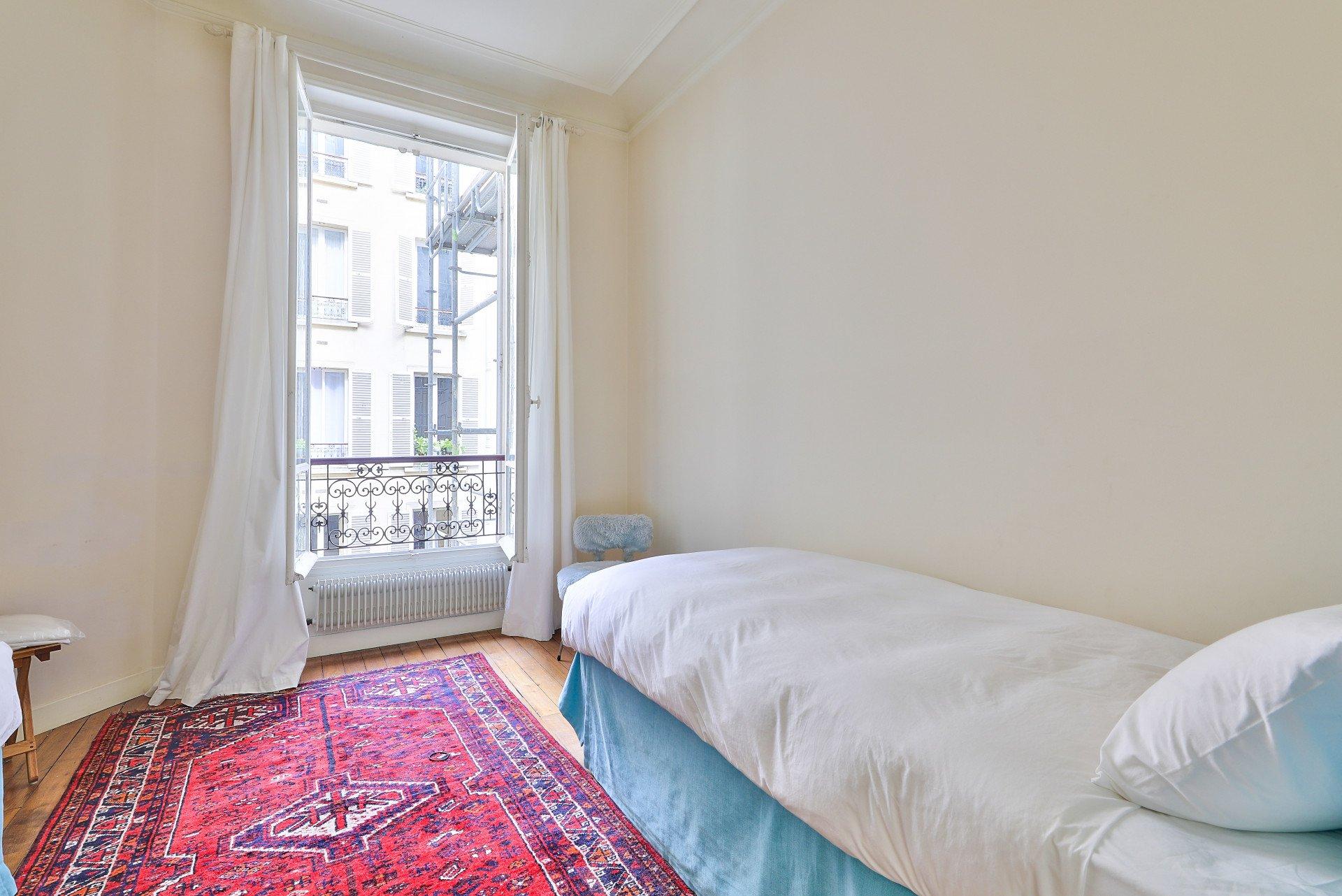 Appartement trois pièces au calme