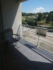 Montélimar, T3 avec terrasse et place de parking privative