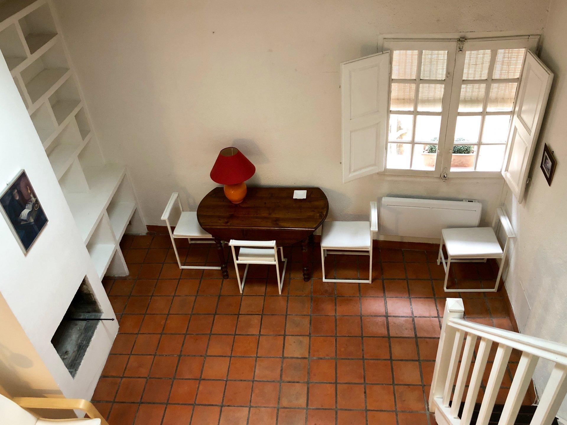 Aix à 5' à pied du Cours Mirabeau - Location meublée - Triplex avec terrasse