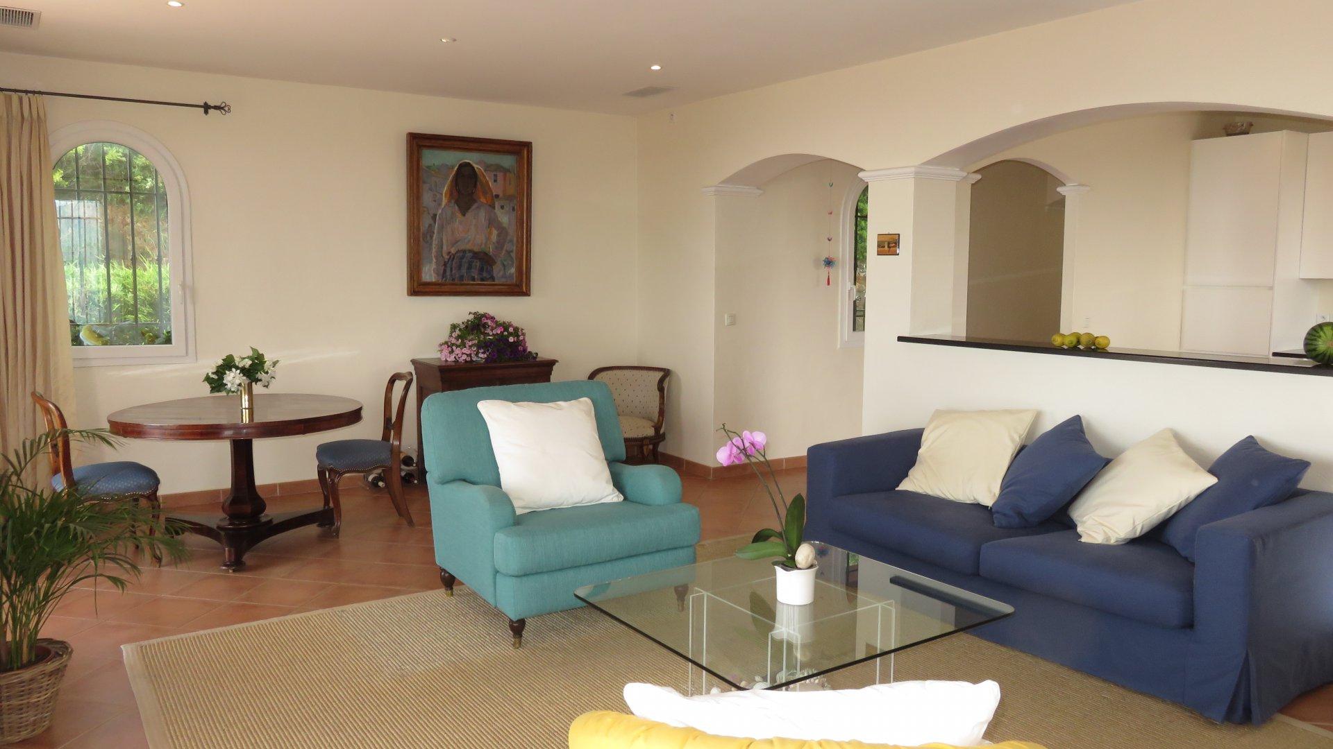 Villa mit 4 Zimmern mit Panoramablick auf das Meer
