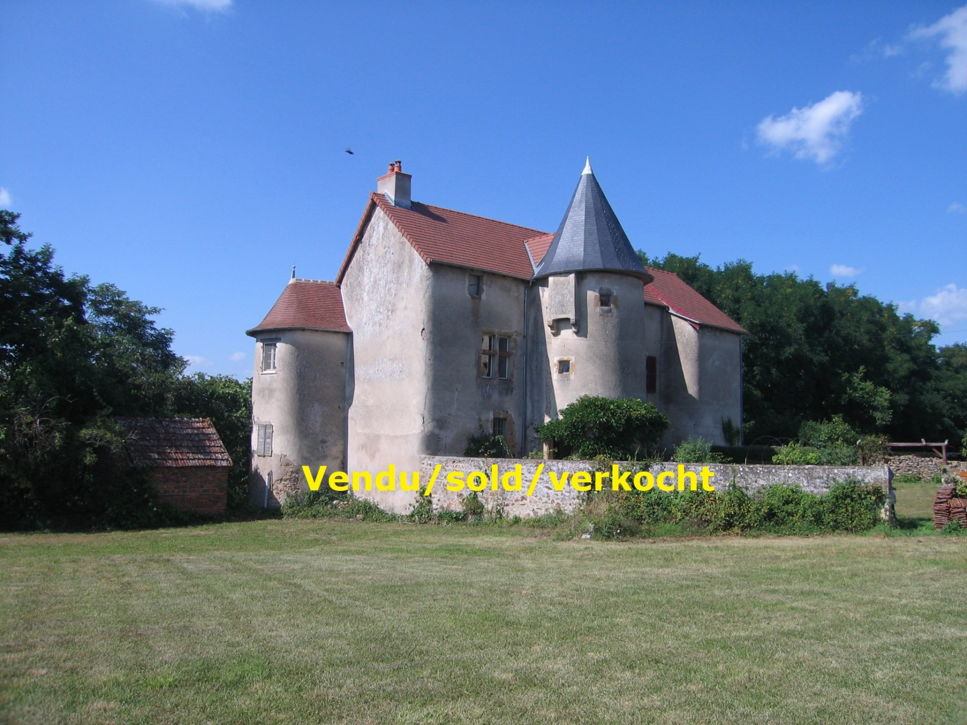 12th century castle in Burgundy SOLD