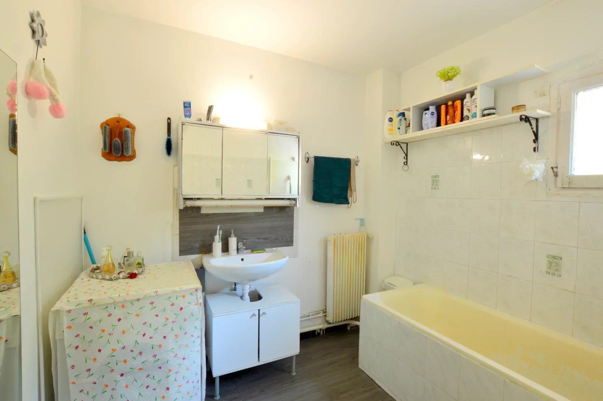 Appartement 3  Pièces  Montpellier Haut de Massane