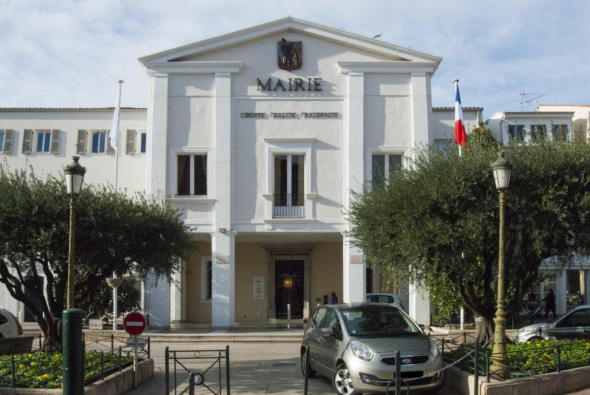 APPARTEMENT T3 PROCHE CENTRE VILLE DE SAINT RAPHAEL