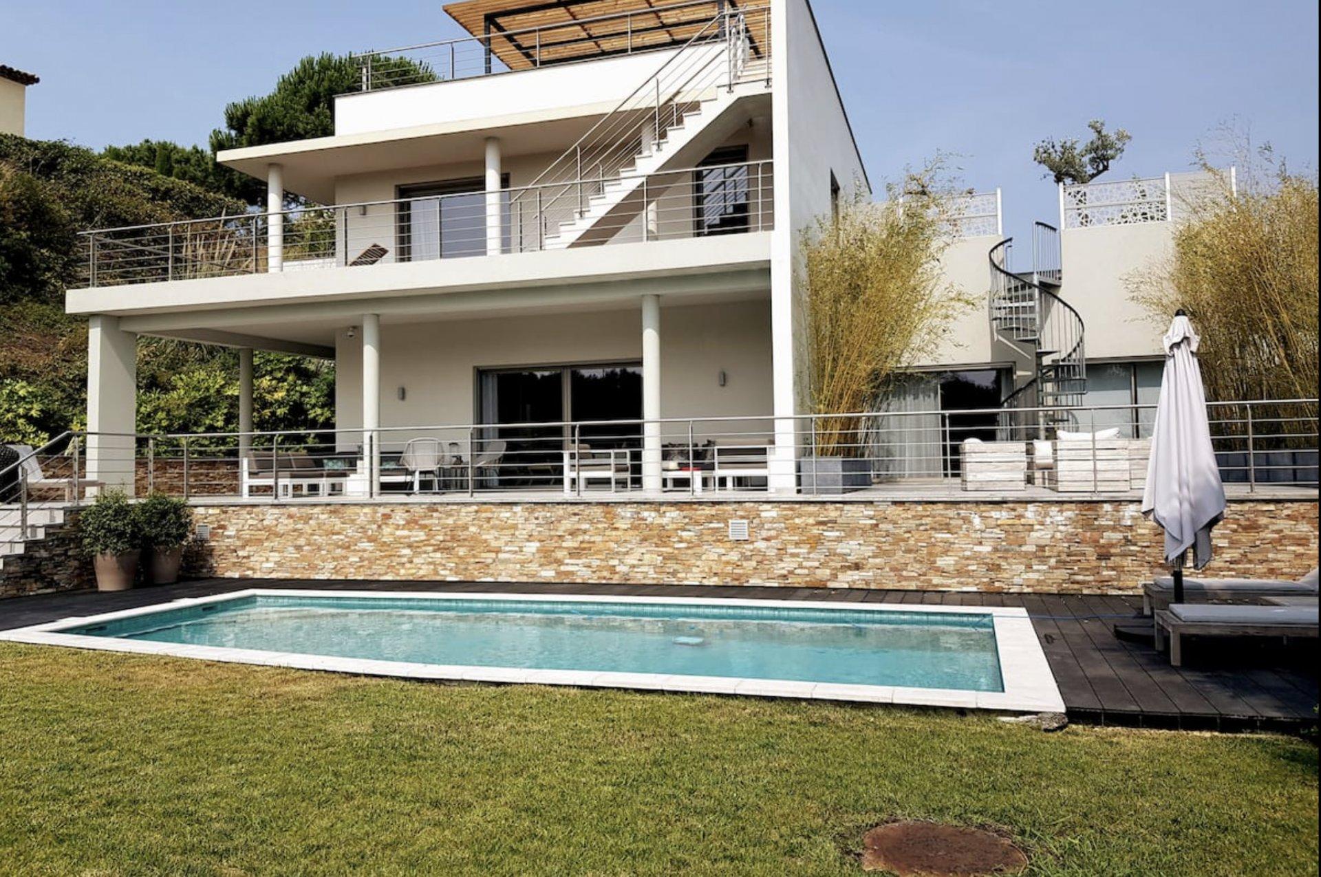 """Villa en location saisonnière - Cannes """"Croix des Gardes"""""""