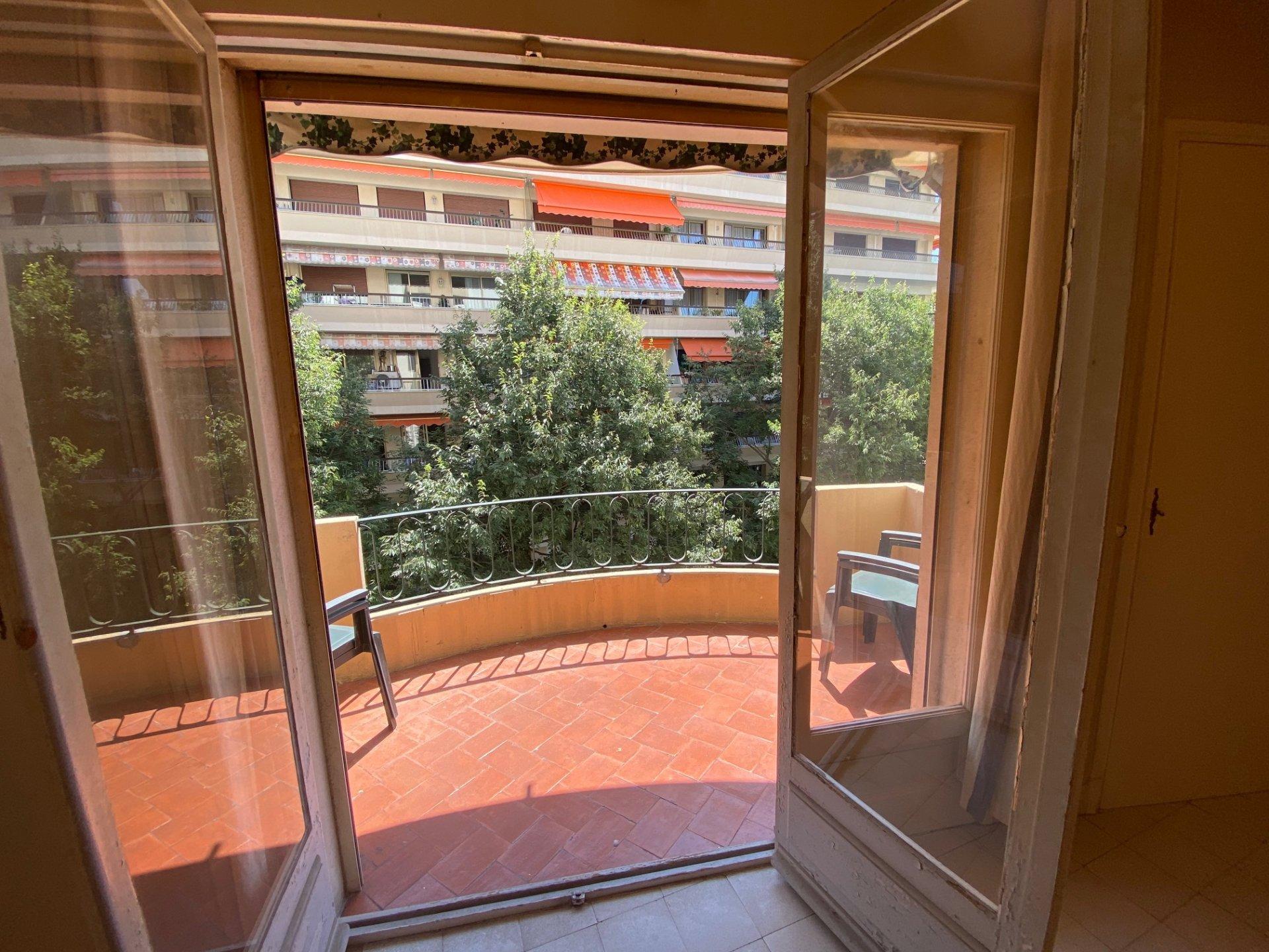 2 pièces 45 m²  Cannes - Basse Californie -