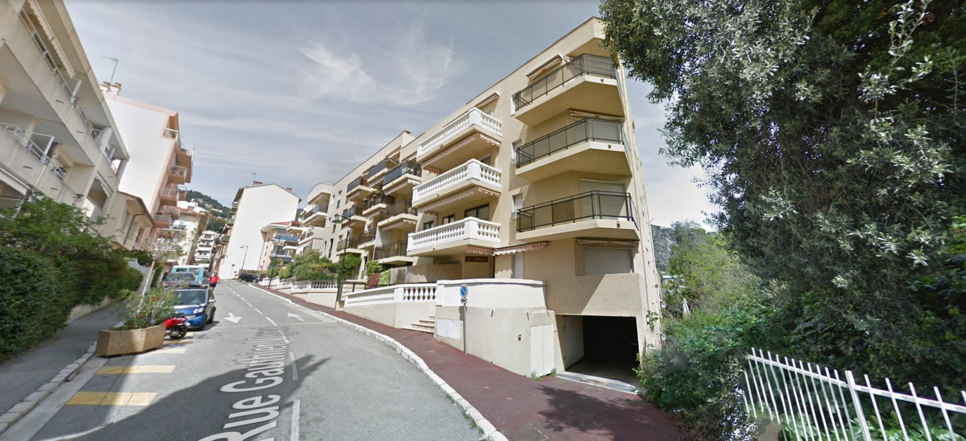 Beaulieu-sur-mer - Closed garage in secure residence
