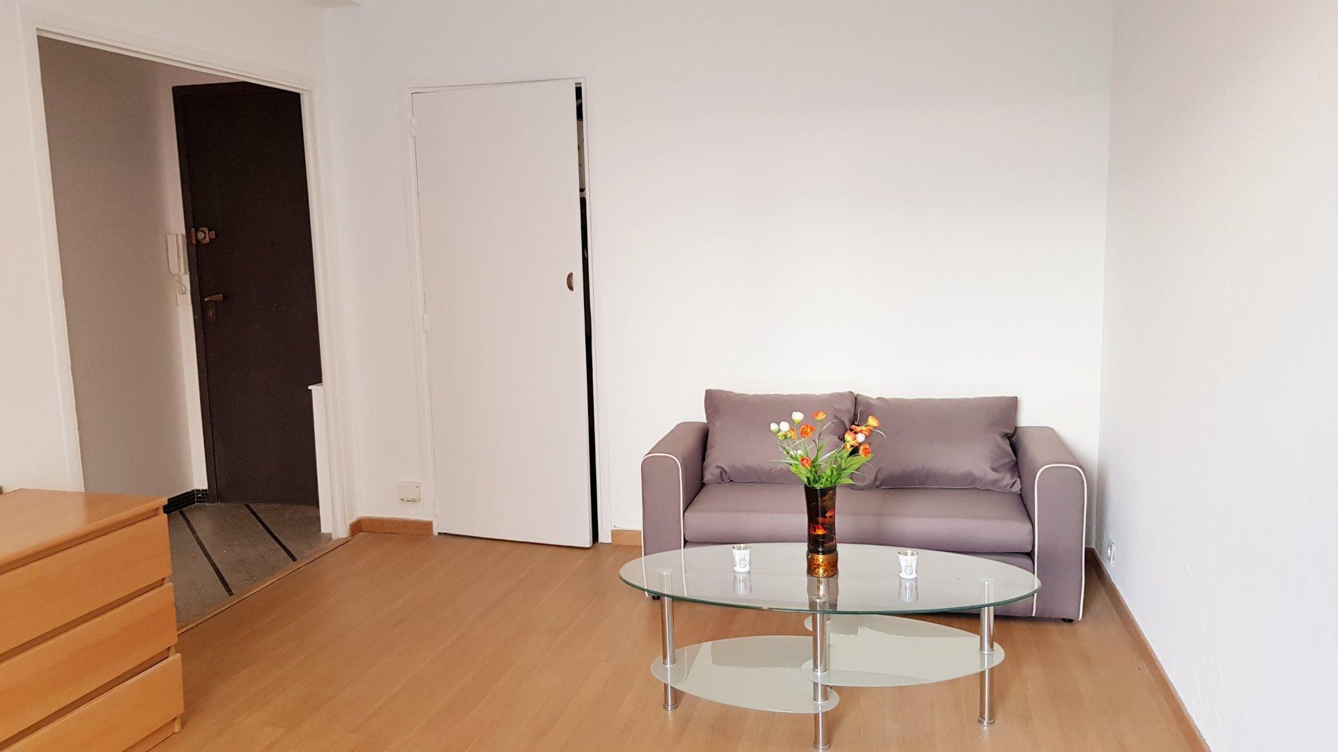 Studio meublé Libération