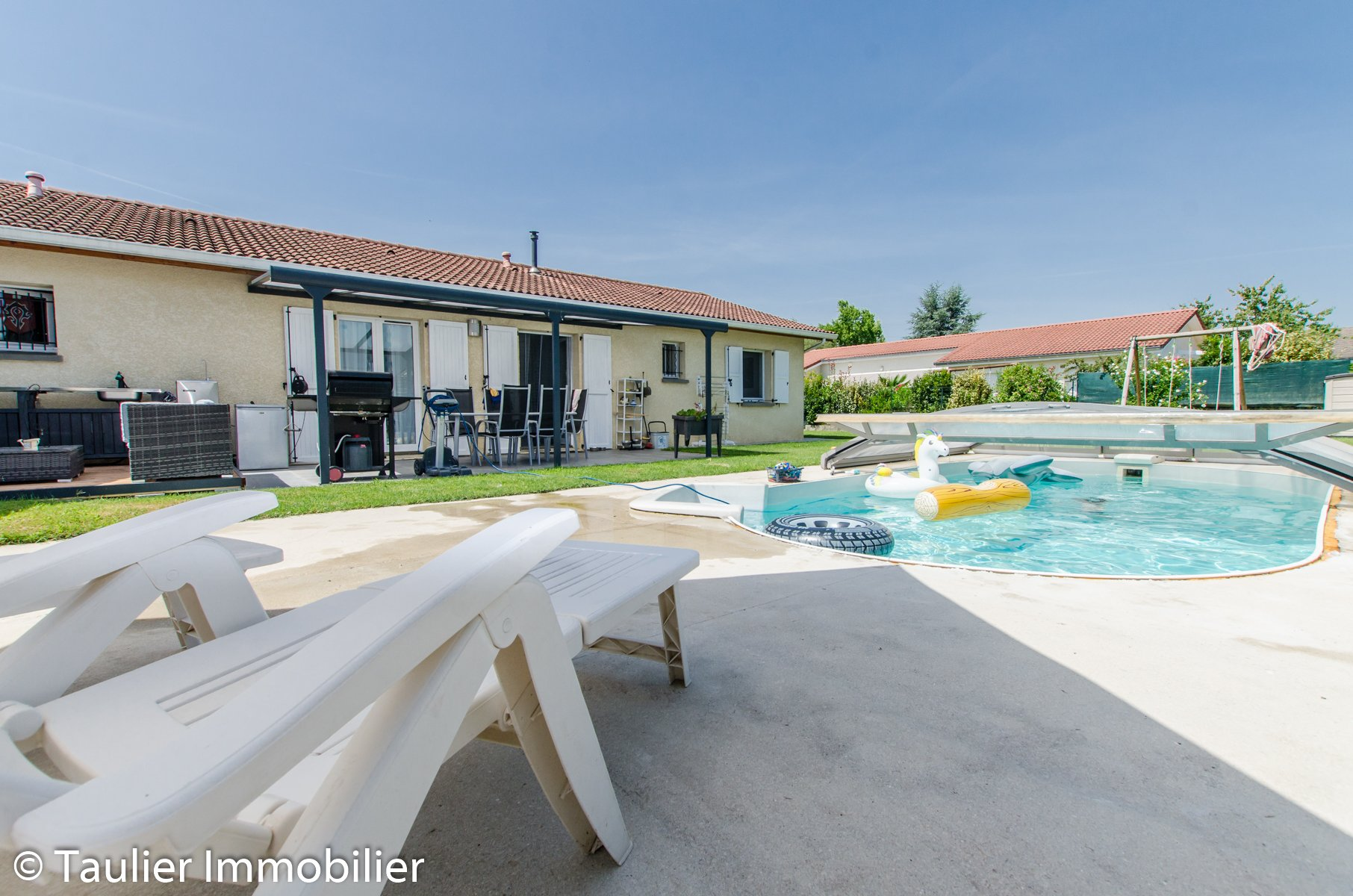 Maison T4 plain pied avec piscine