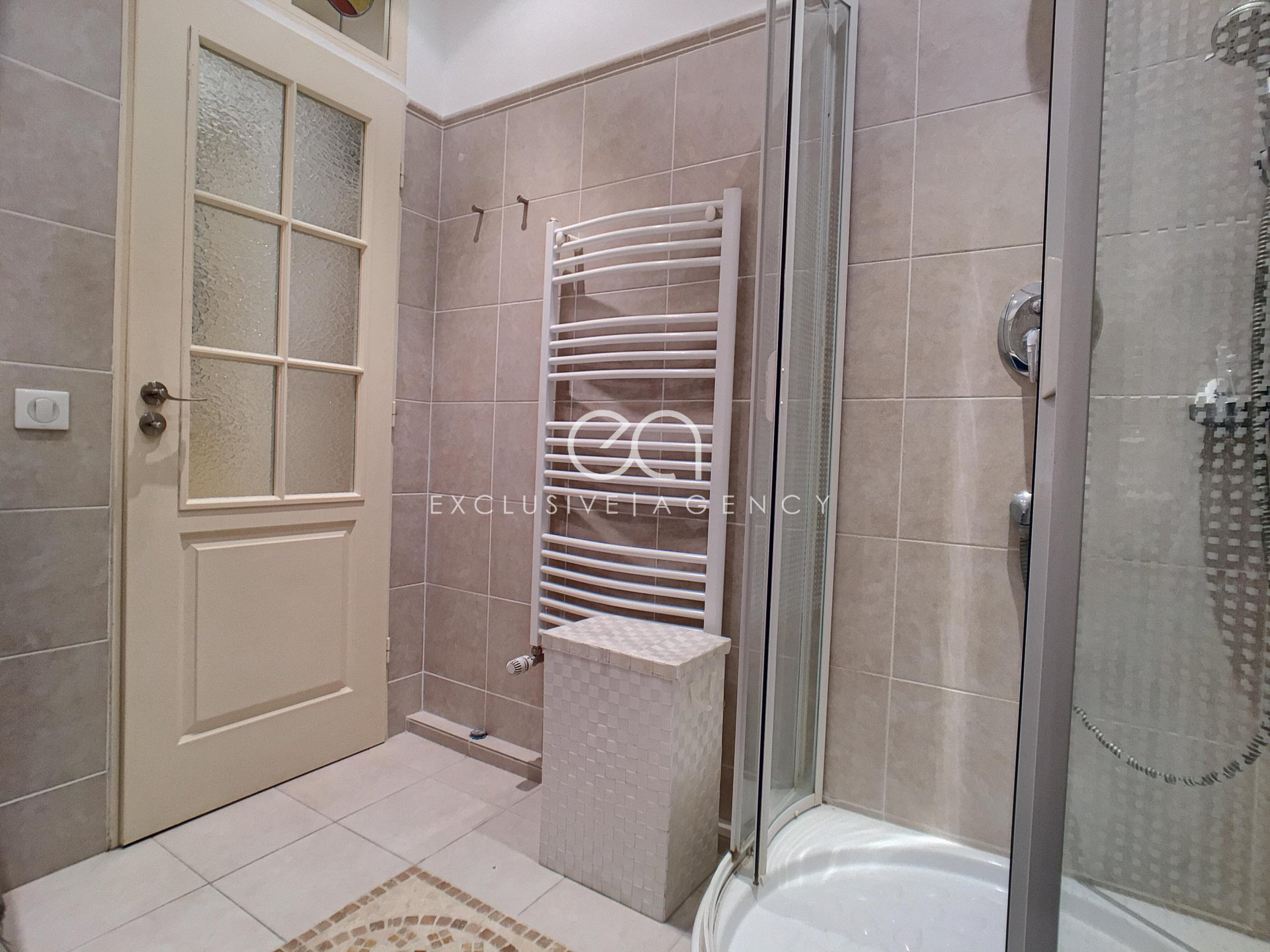 SEASONNAL RENTAL Cannes center 55sqm 2-bedroom apartment for 2 to 4 people