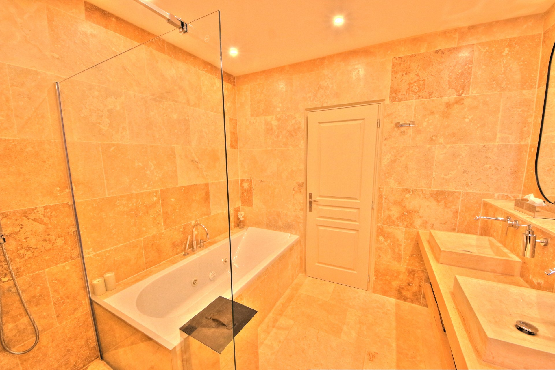 bathroom with quality materials