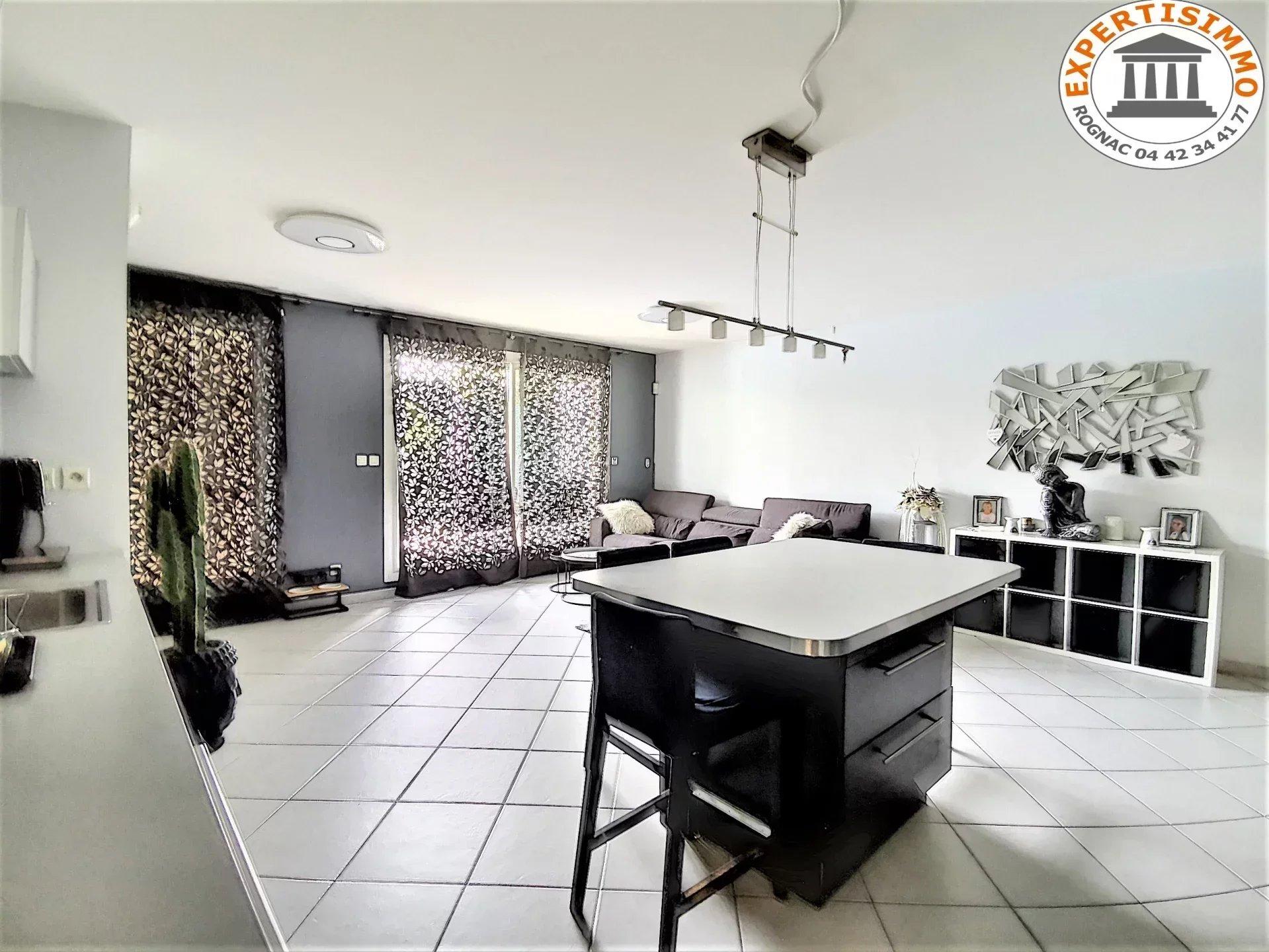 """Appartement T3 Secteur """"Lacanau"""" avec jardin et garage"""
