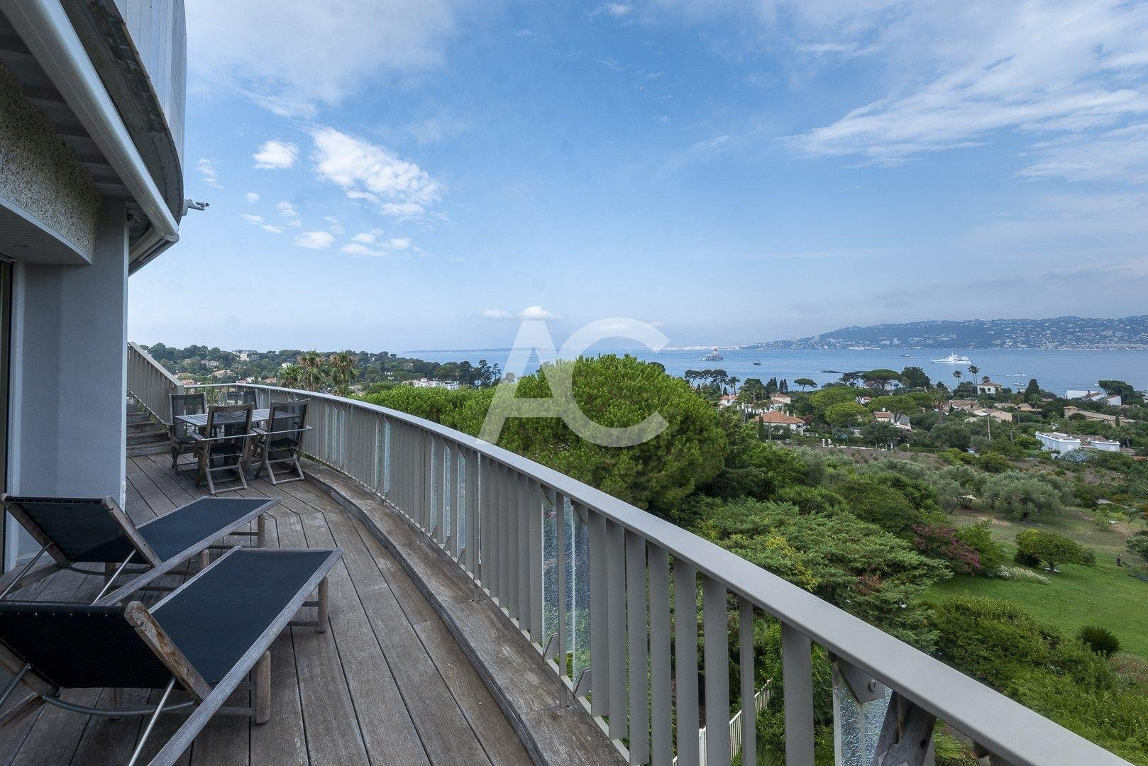 Sale Apartment - Cap d'Antibes