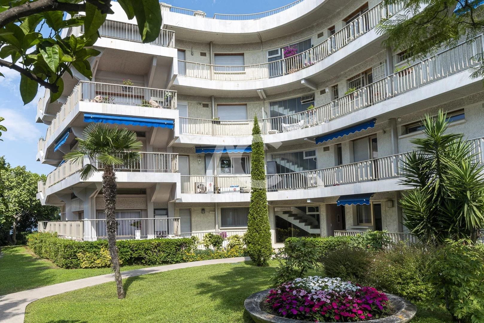 Апартаменты на верхнем этаже - Кап д Антиб
