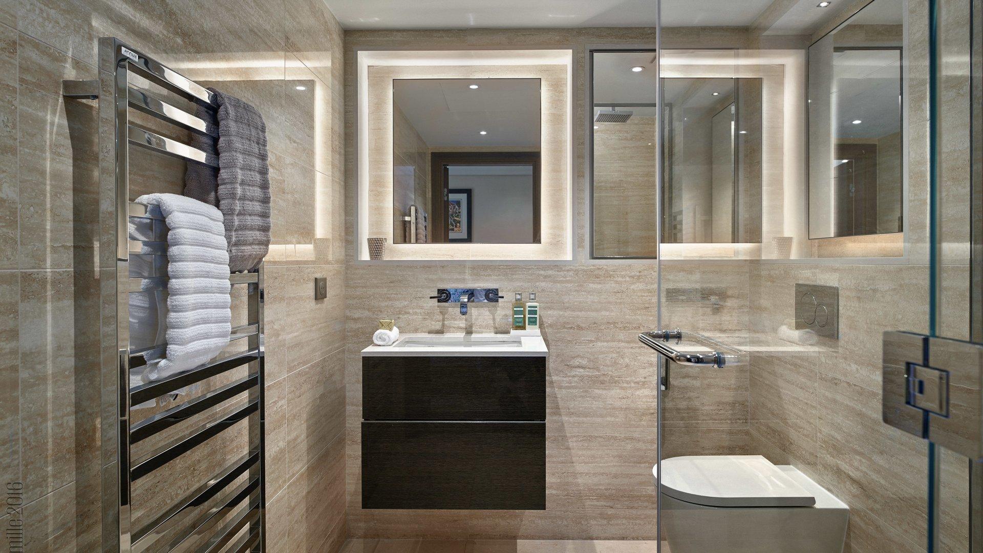 CAP D'ANTIBES -  Appartement neuf de 99m2 avec terrasse et balcon dans résidence d'exception - B12