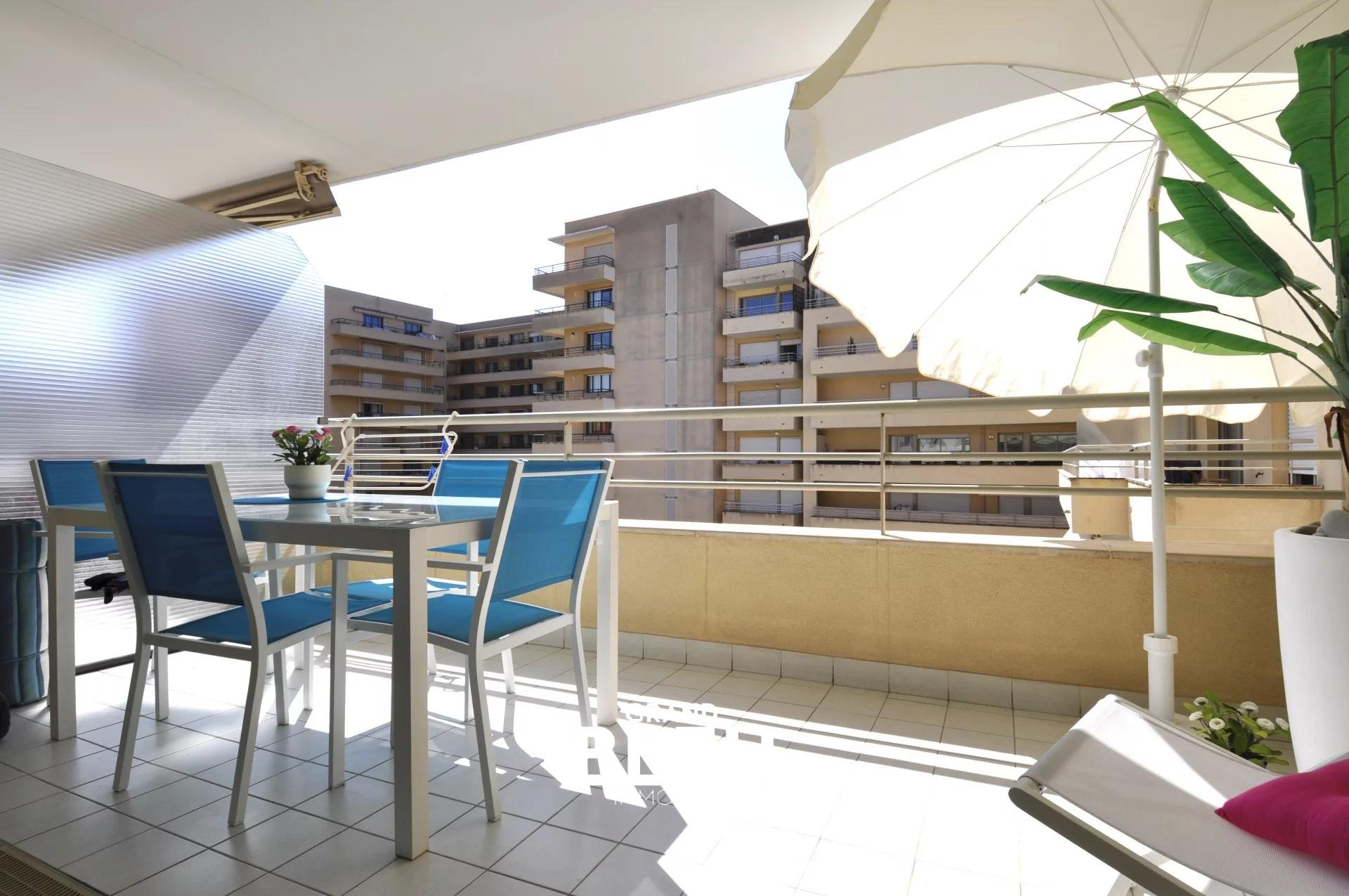 Quiet, luxury, security, south facing terrace, green view