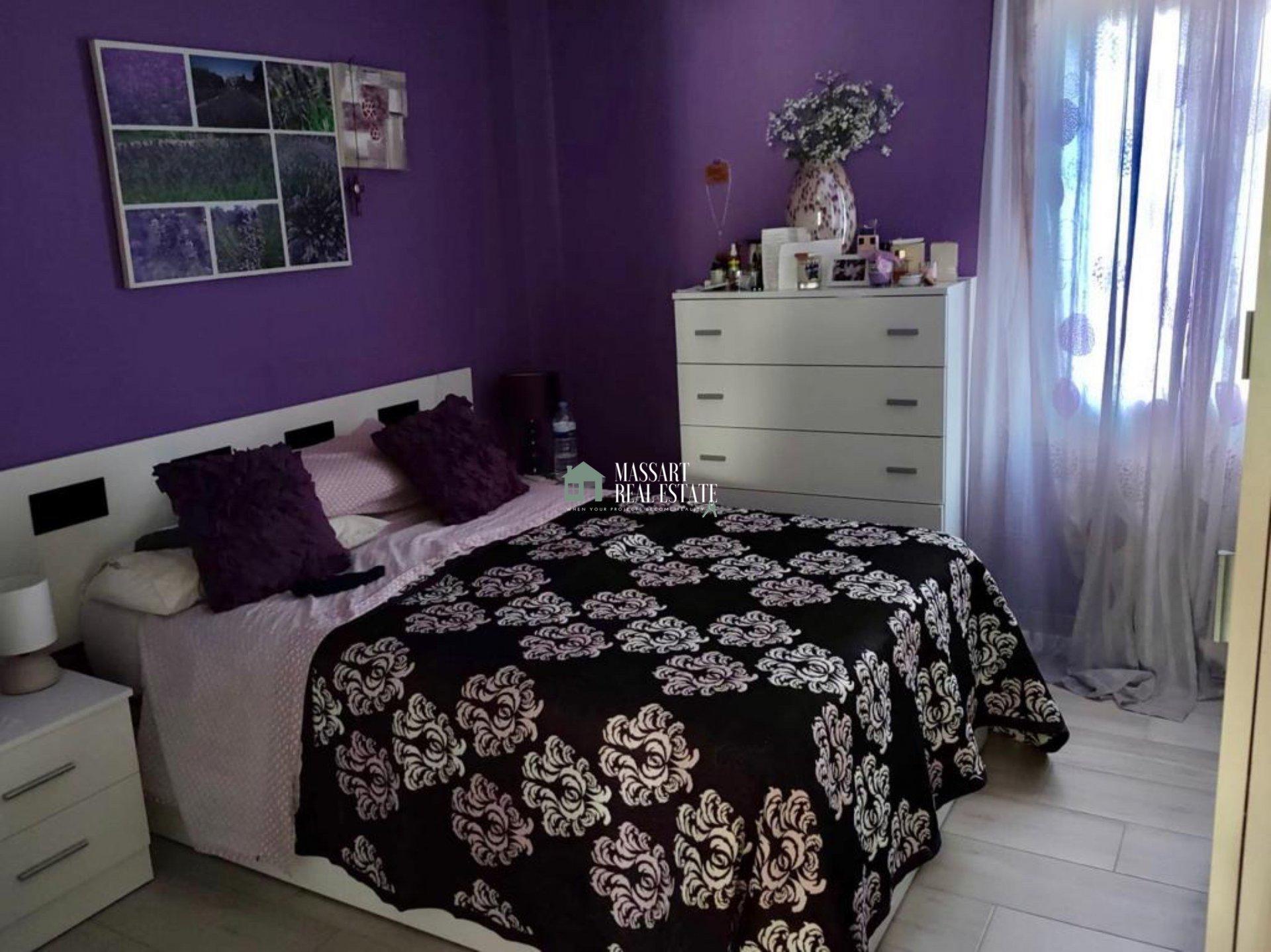 Apartamento amueblado de 76 m2 ubicado en una céntrica zona de Adeje…ideal para disfrutar de una vida en pareja o en familia.