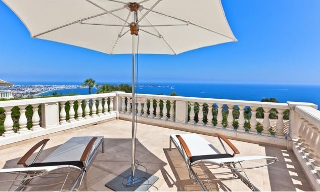 HIGH STANDARD VILLA WITH SEA VIEW