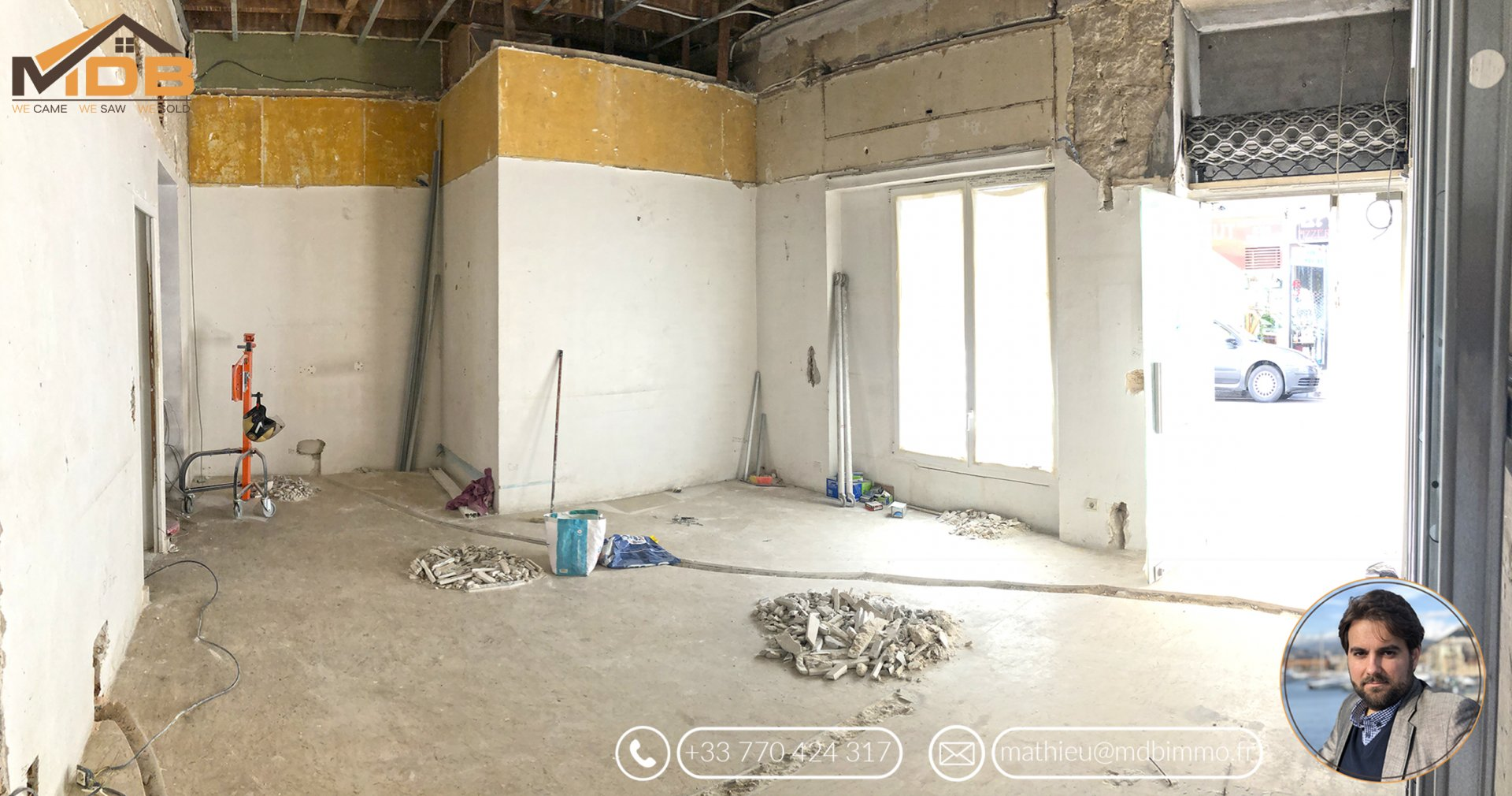 Nice - Proche promenade / Rue de France - Large commercial space (commercial walls) - high ceilings