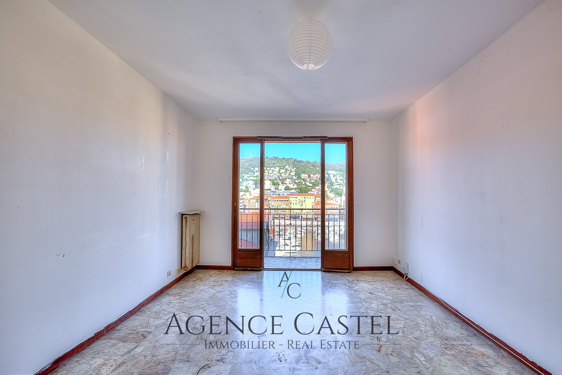 NICE LE PORT - PANORAMIC PORT VIEW ONE BEDROOM APARTMENT WITH TERRACE