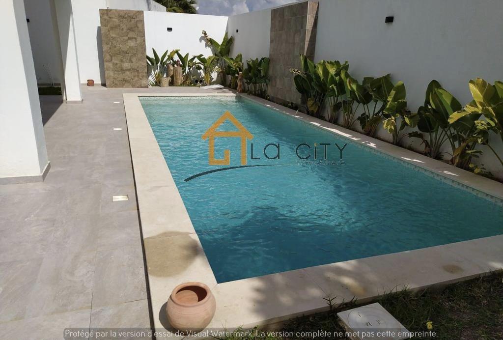 Vente Villa moderne avec piscine Menzah 9