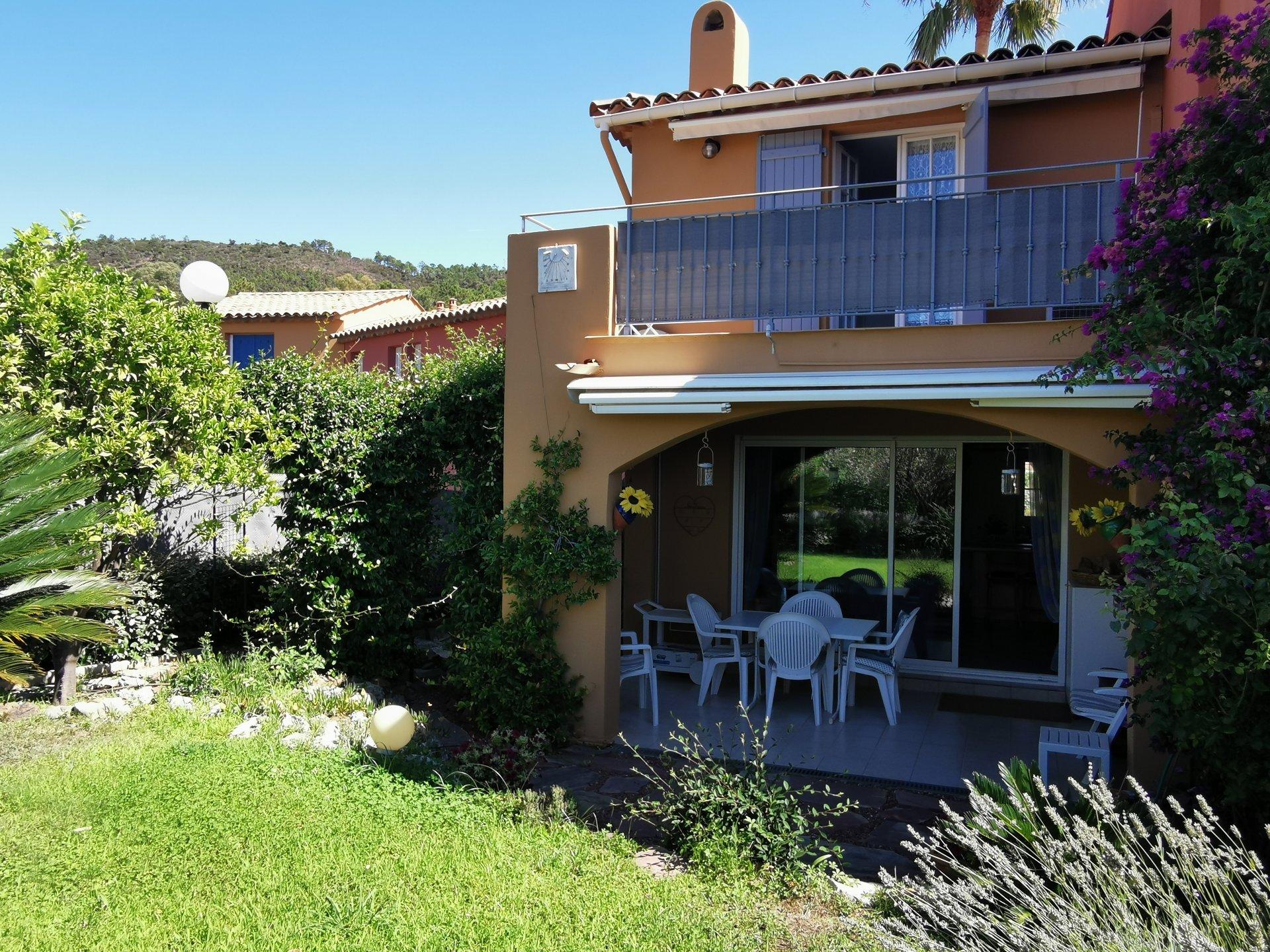 Two bedroom villa in Miramar / Theoule sur Mer