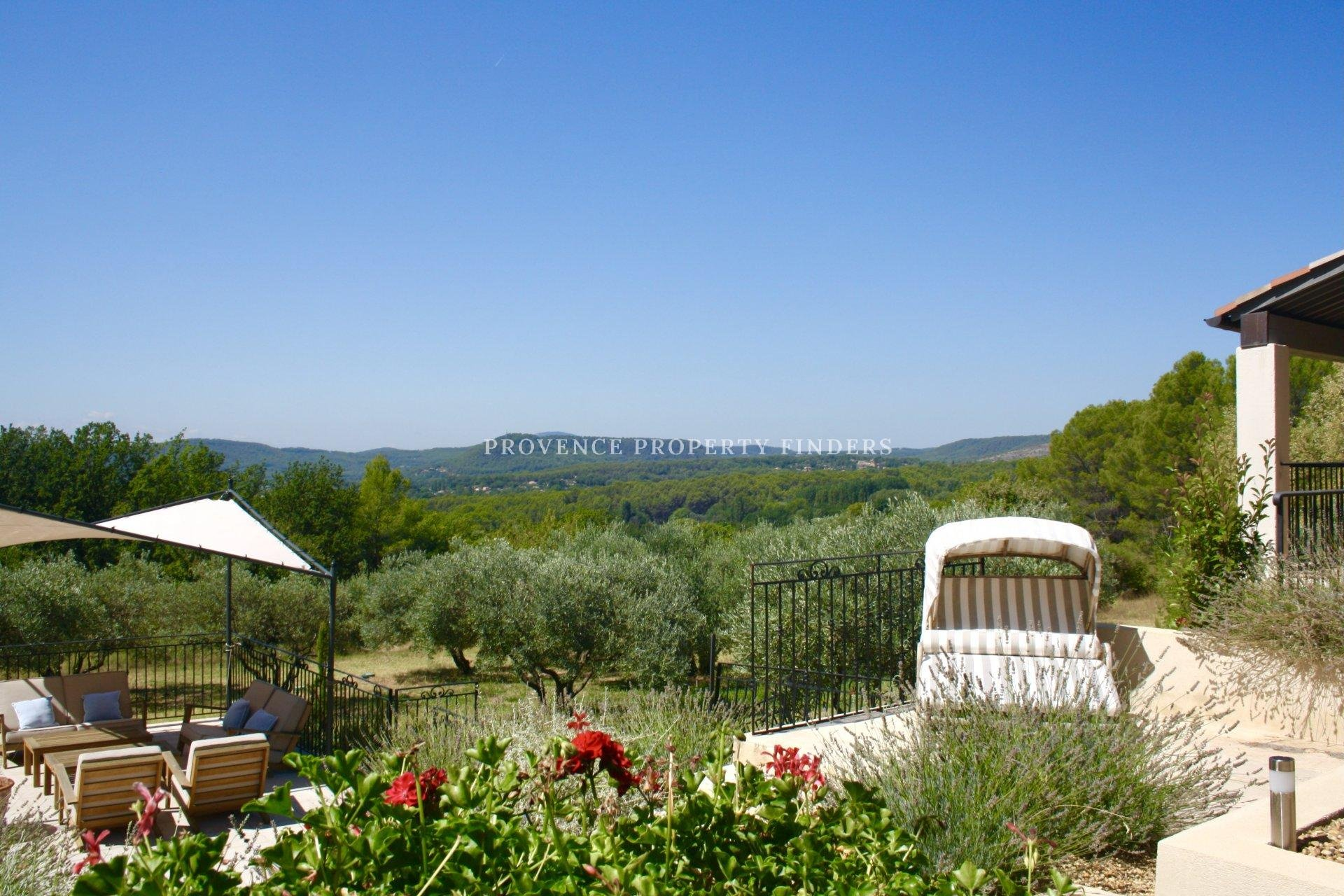 A Perfect Property in the Provence, magnificent views!