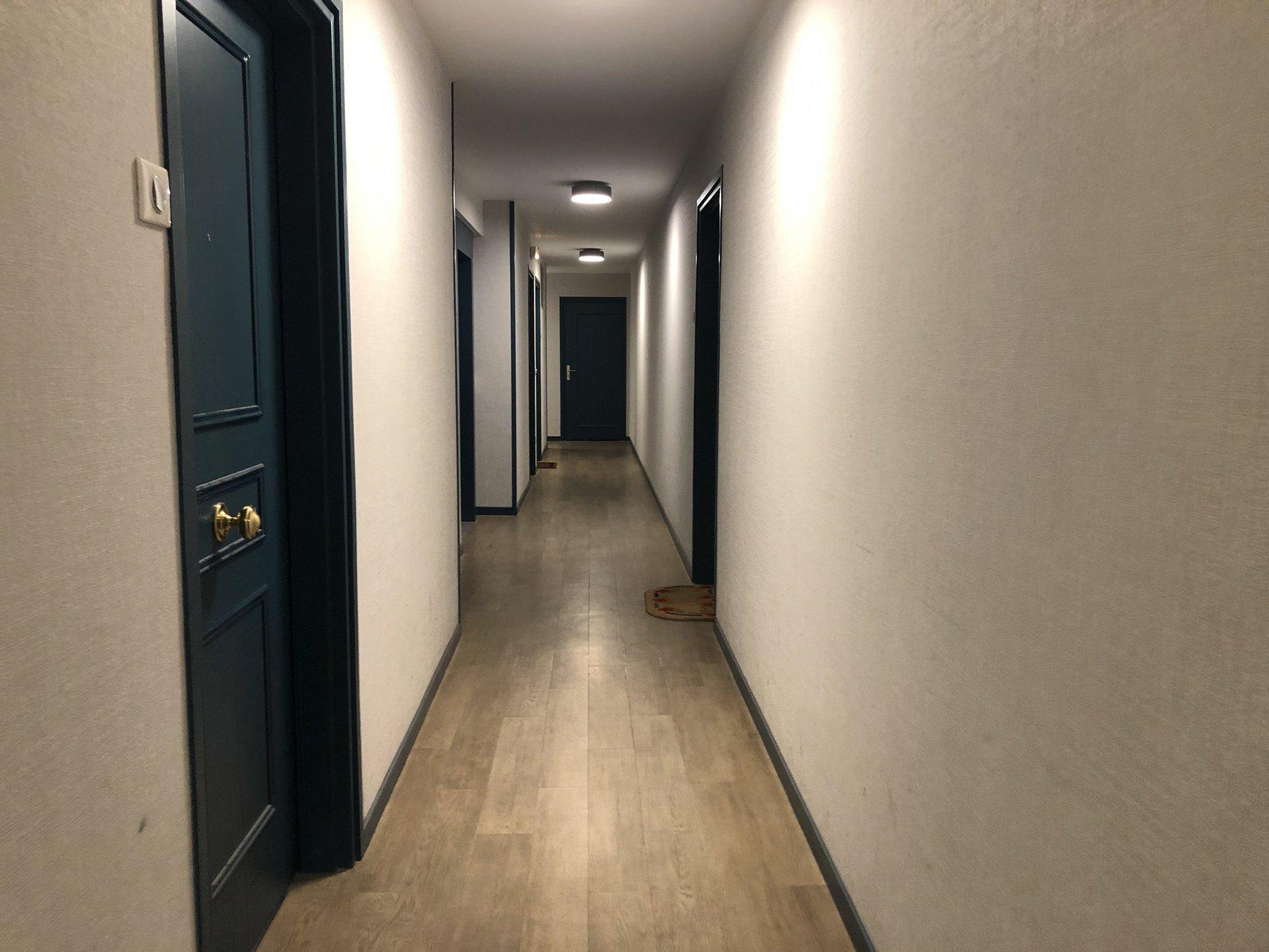 Grand studio rue Carle Hébert à Courbevoie