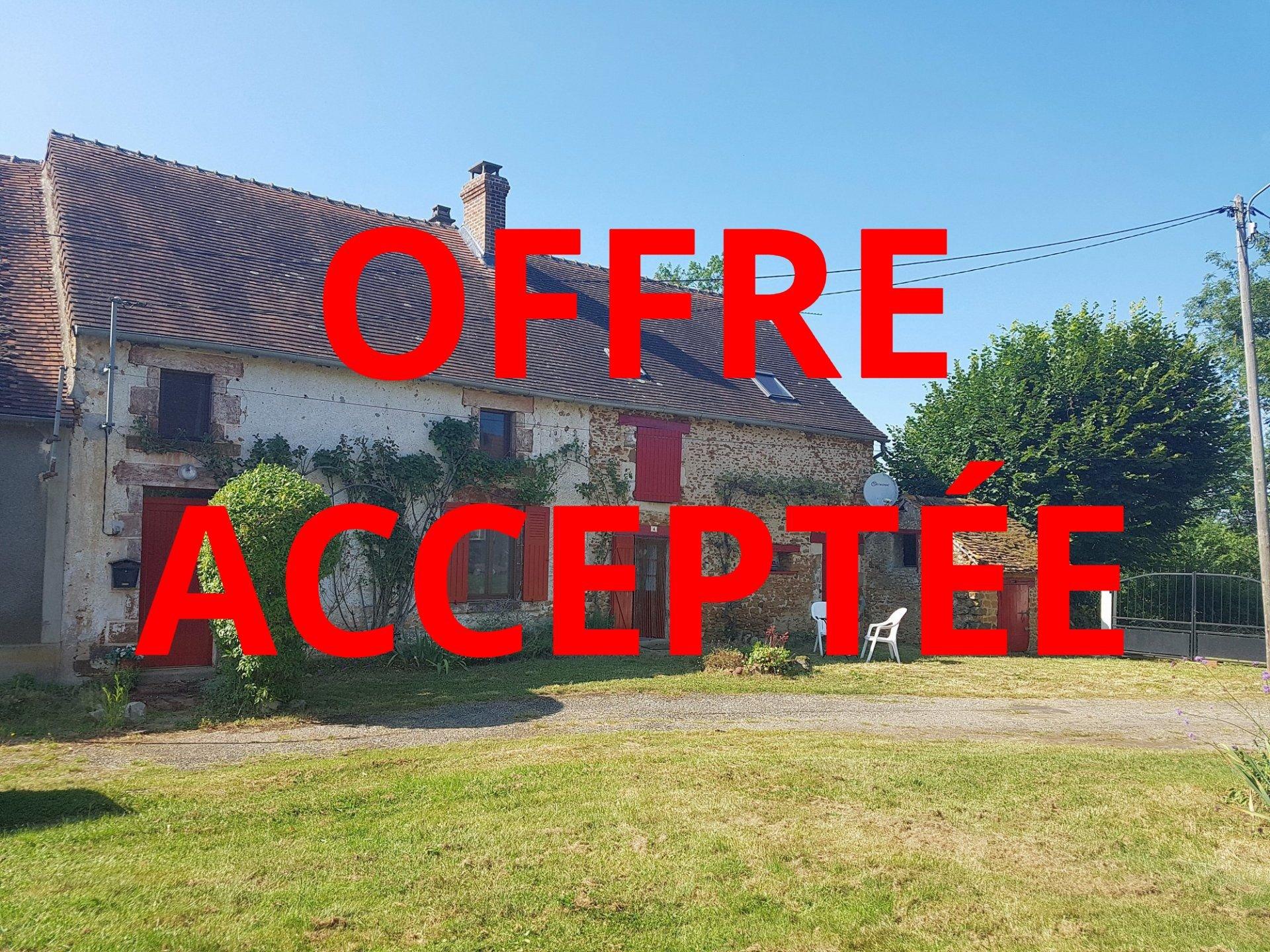 Haus mit Aussicht zu verkaufen bei Chaillac, Indre 36
