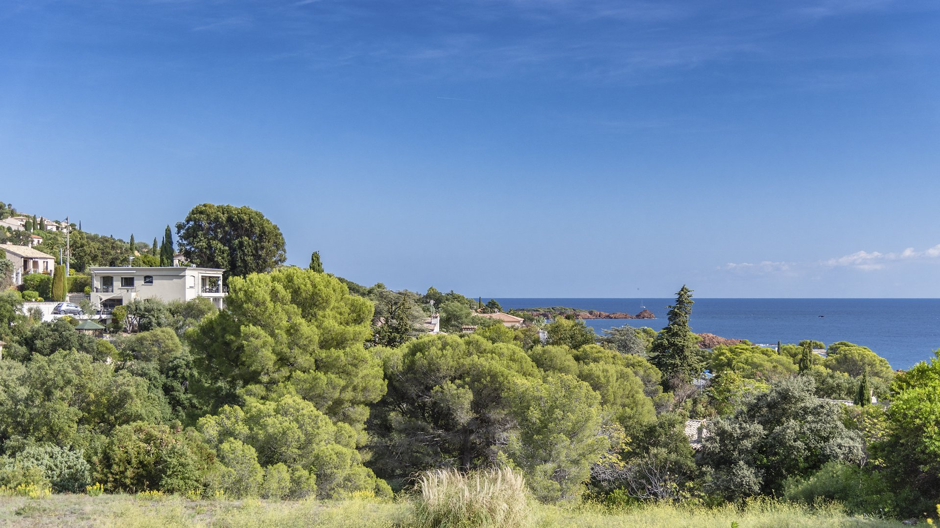 SOLE AGENT - SEA VIEW PROPERTY  IN AGAY
