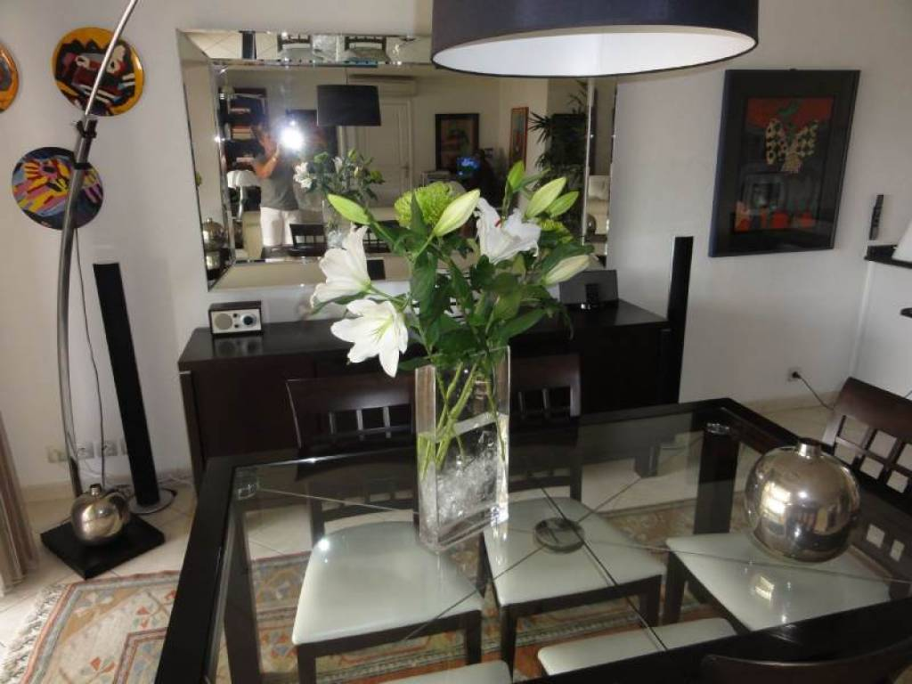 4 ROOM APARTMENT  IN SAINT AYGULF
