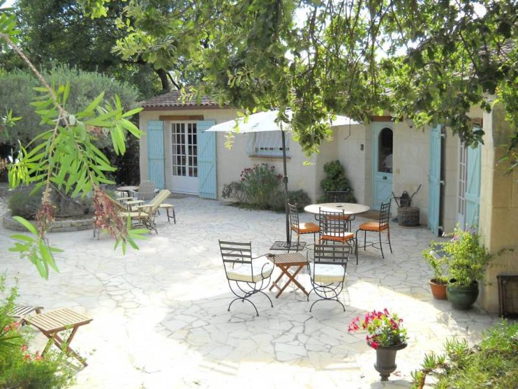 POVENCAL HOUSE OF CHARACTER IN FREJUS
