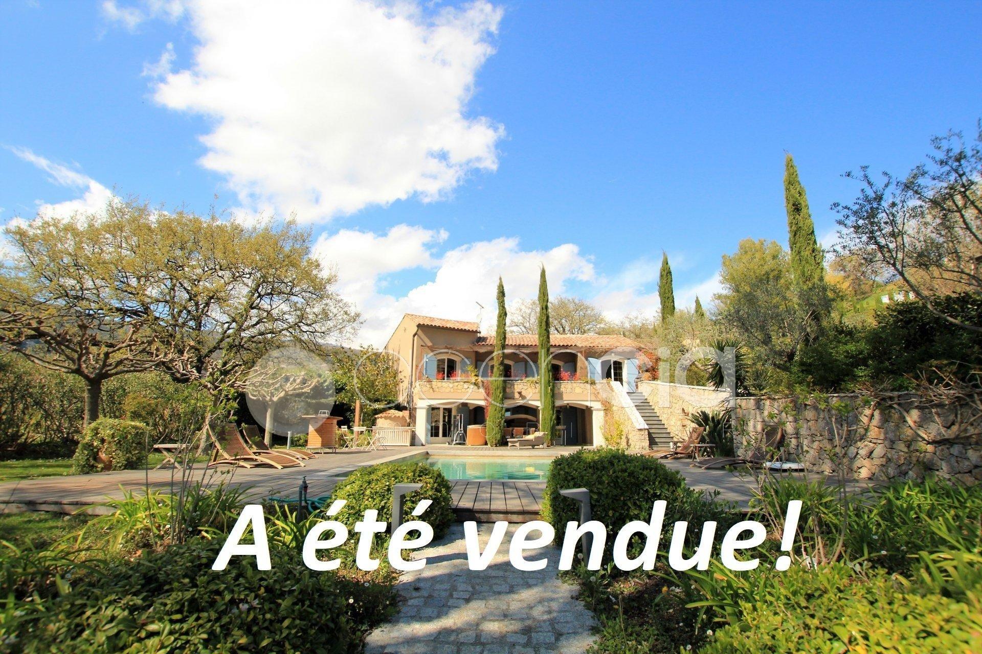 Belle Propriété 300 m² à Chateauneuf /Opio