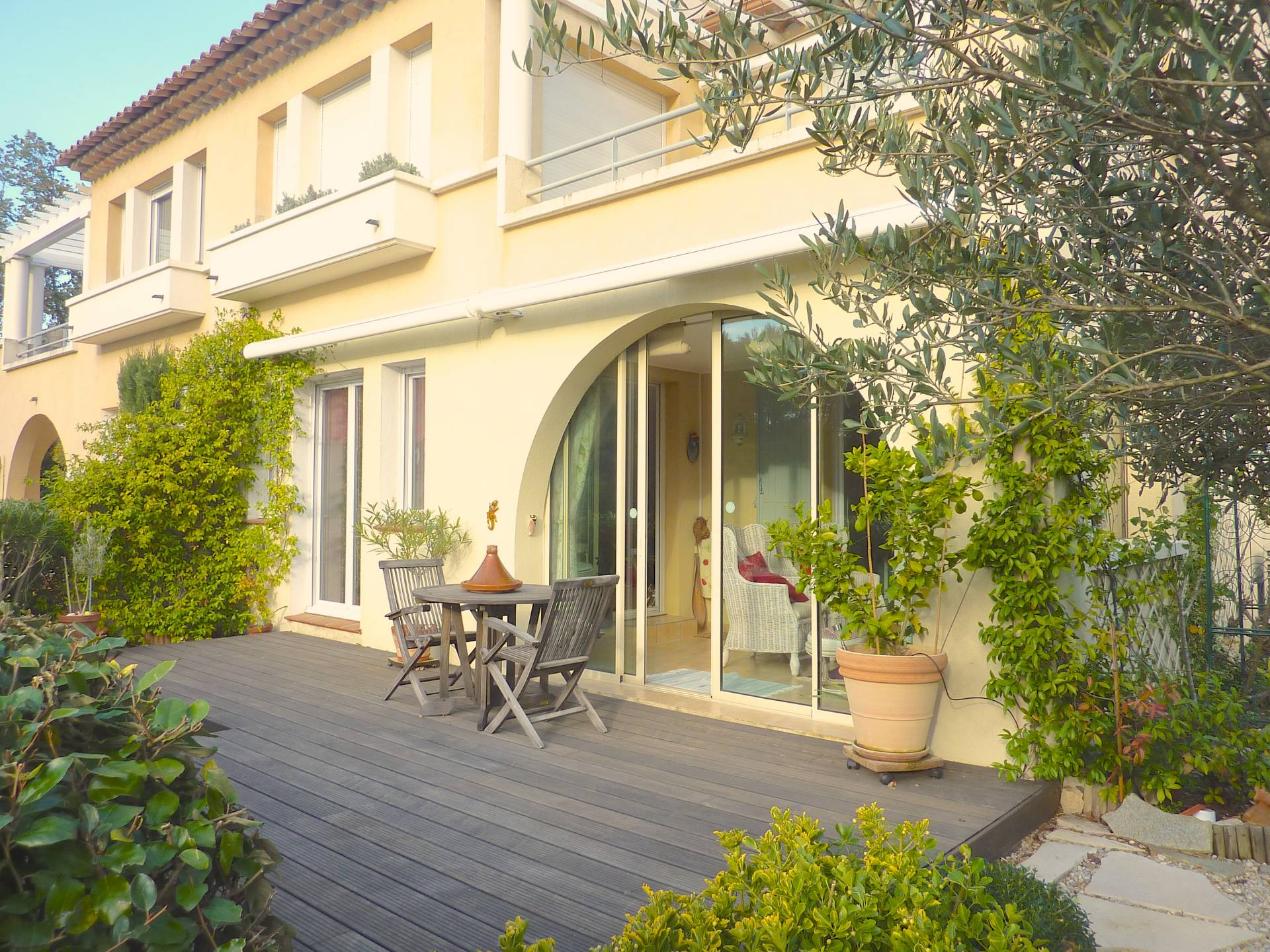 EXCLUSIVELLY Quality apartment with garden and pool in Lorgues