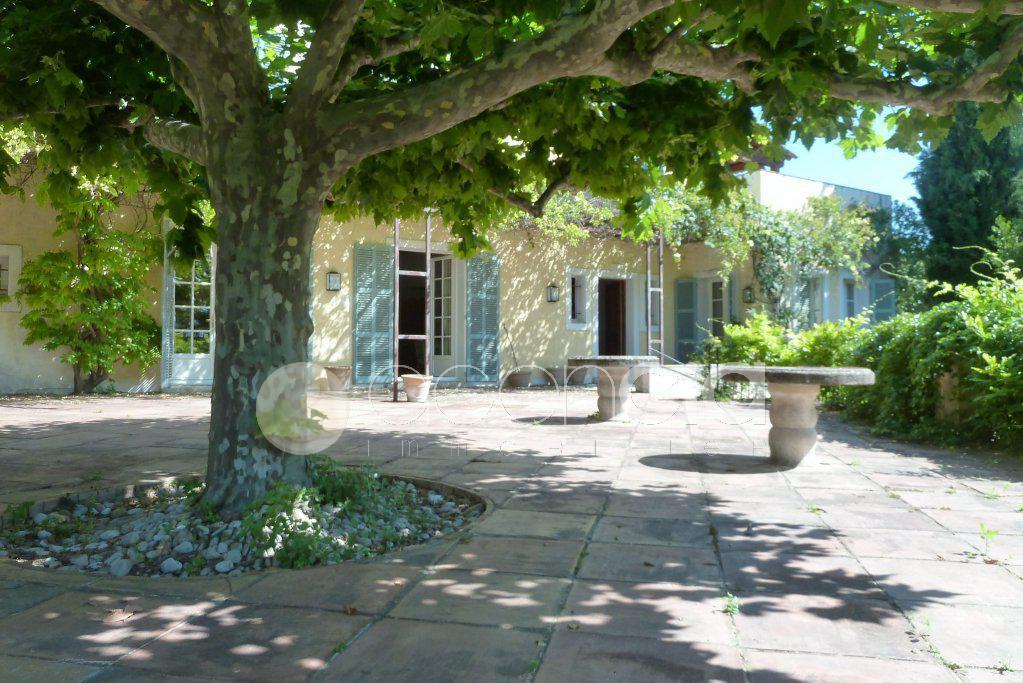 Belle propriété à Chateauneuf