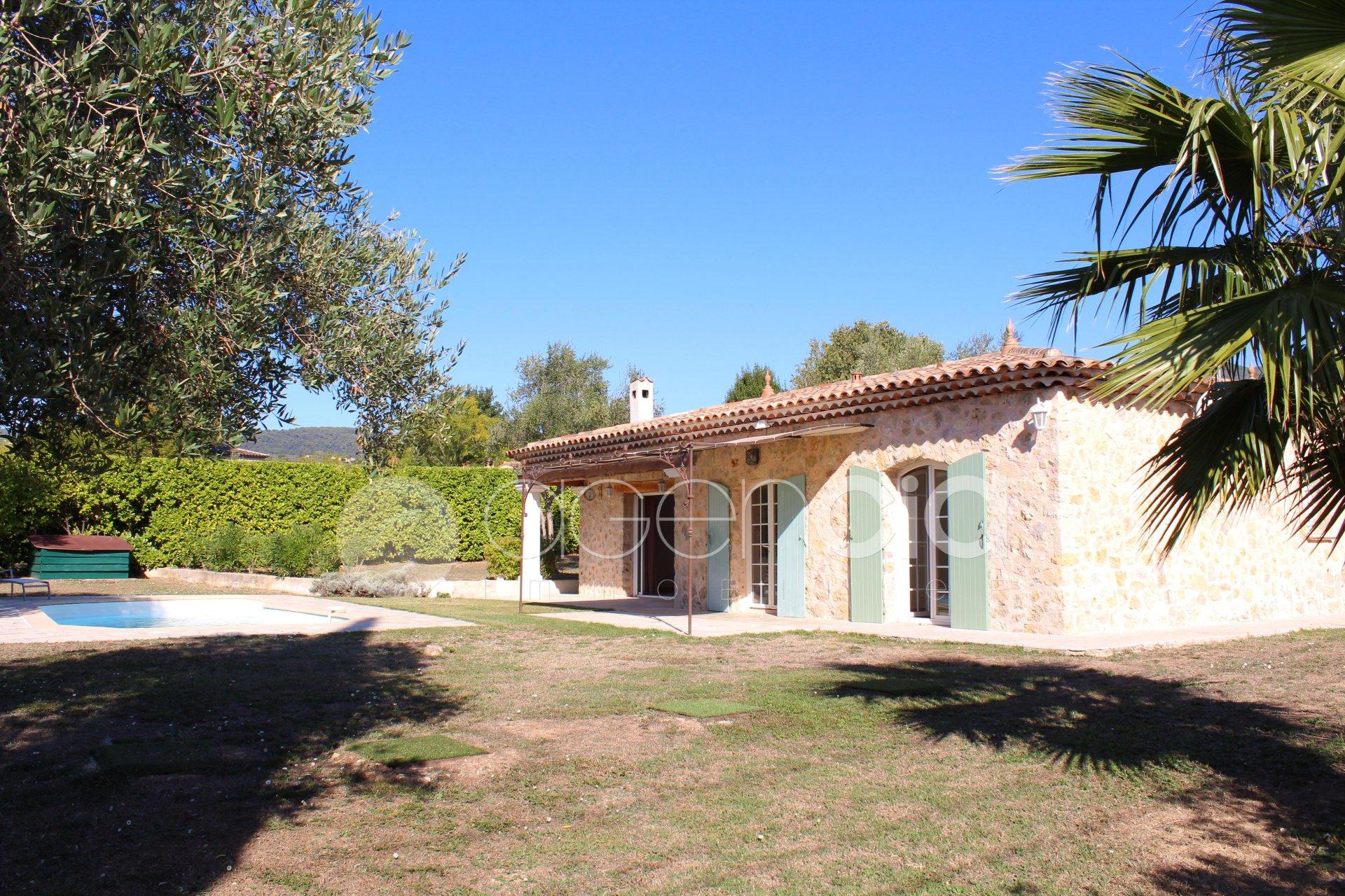 Belle villa de plain pied à GRASSE Saint Jacques