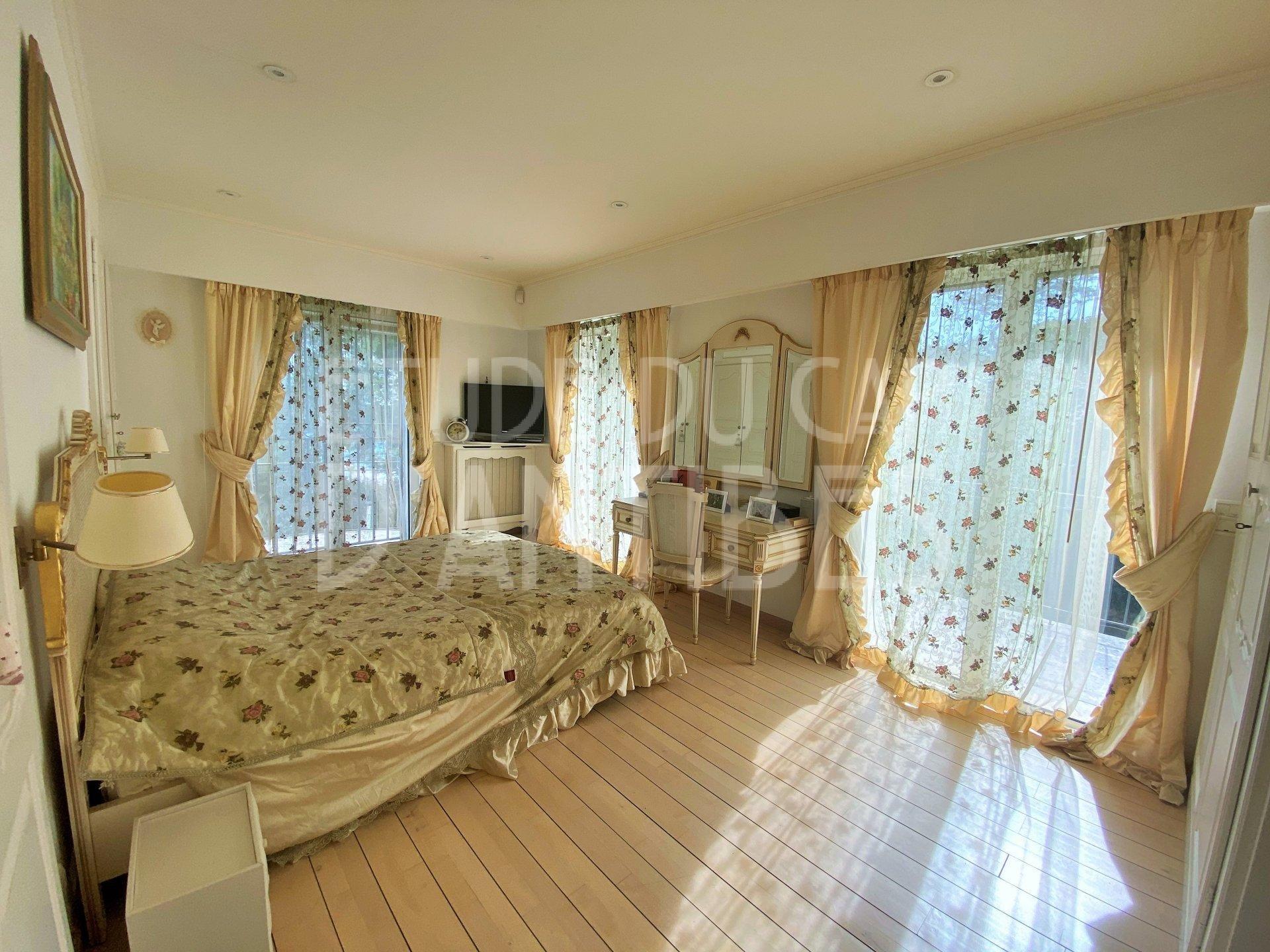 Cap d'Antibes - Villa for sale