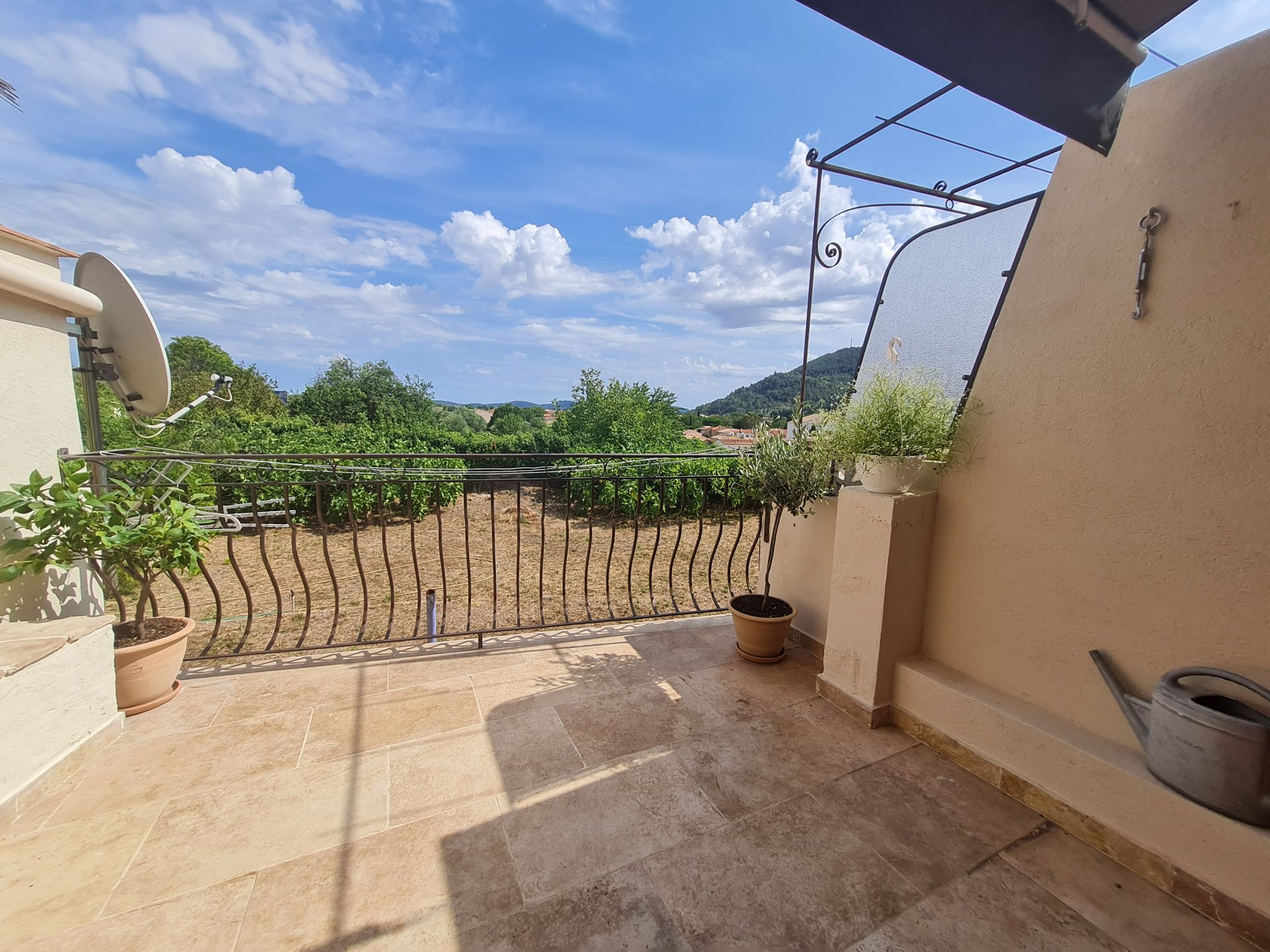 Maison de village avec 2 terrasses
