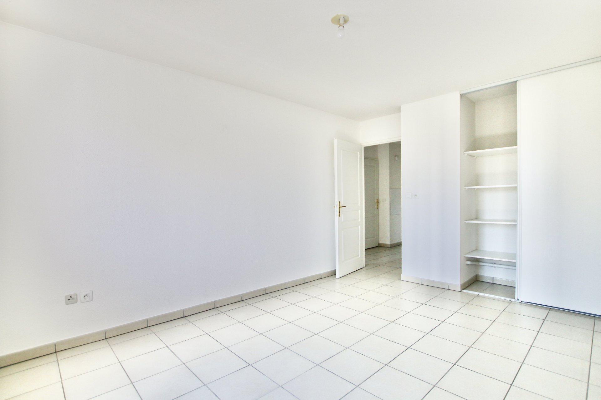 Appartement T3 de 65m2 - Bord de Garonne - Ascenseur + parking
