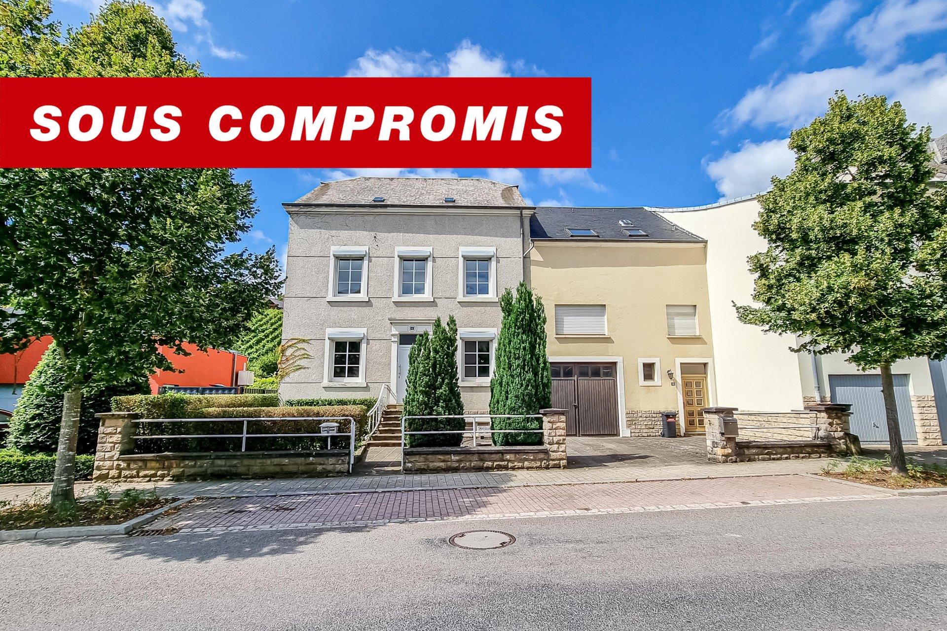 SOUS COMPROMIS - maison jumelée avec 9 chambres à coucher à Bech-Kleinmacher