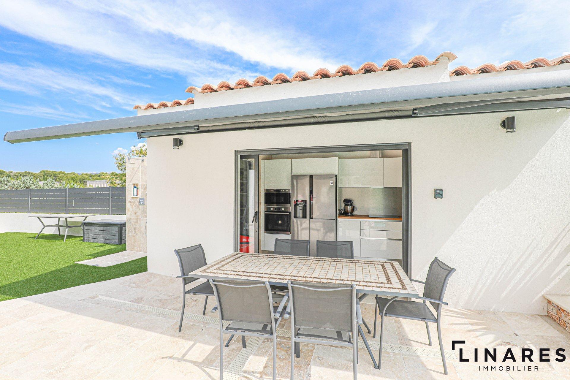 L'AVANT GARDISTE Villa T7 de 240m2 -Terrain 1000m2 13012 Les 3 Lucs