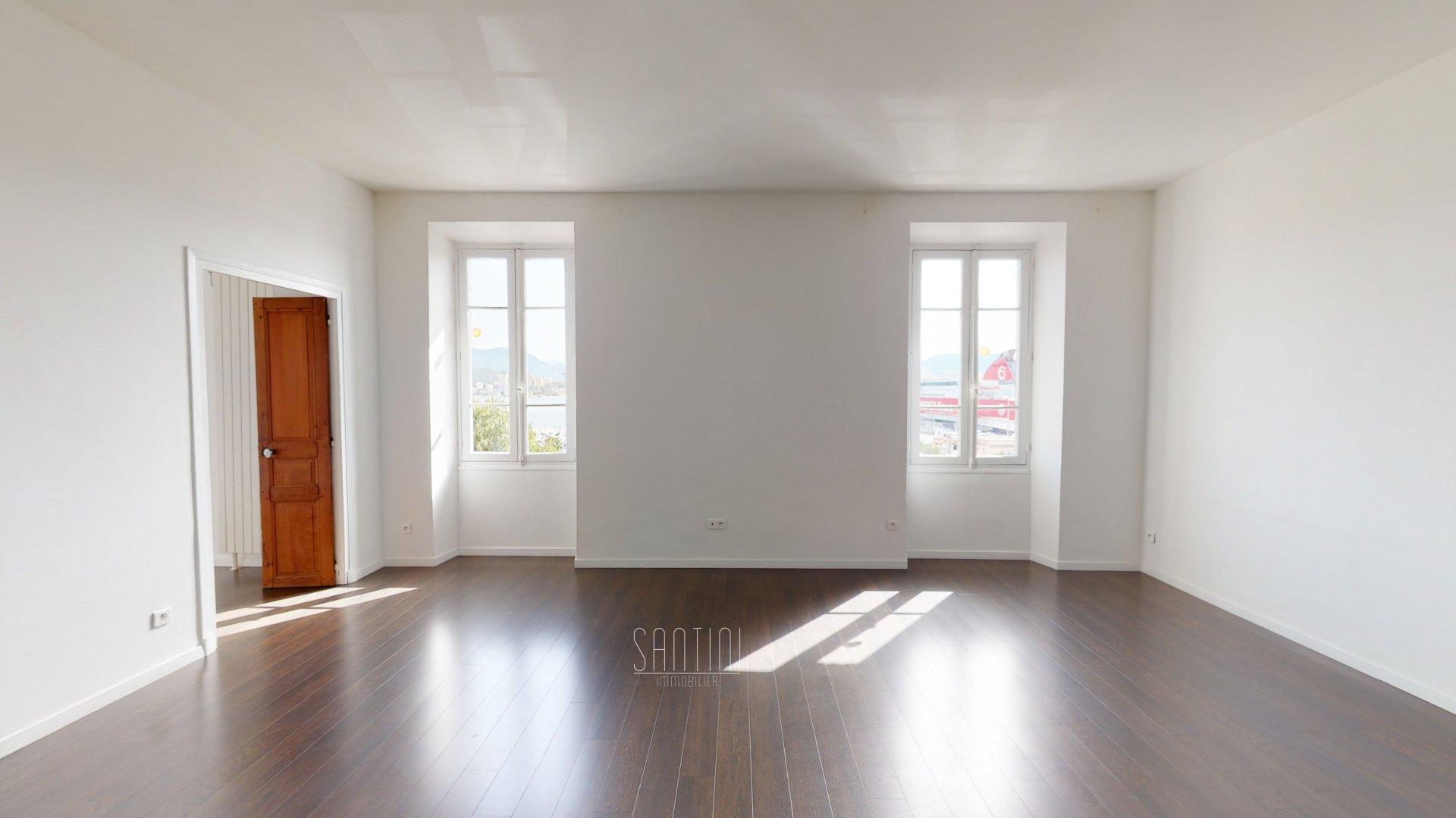 Appartement 4 pièces - Ajaccio centre