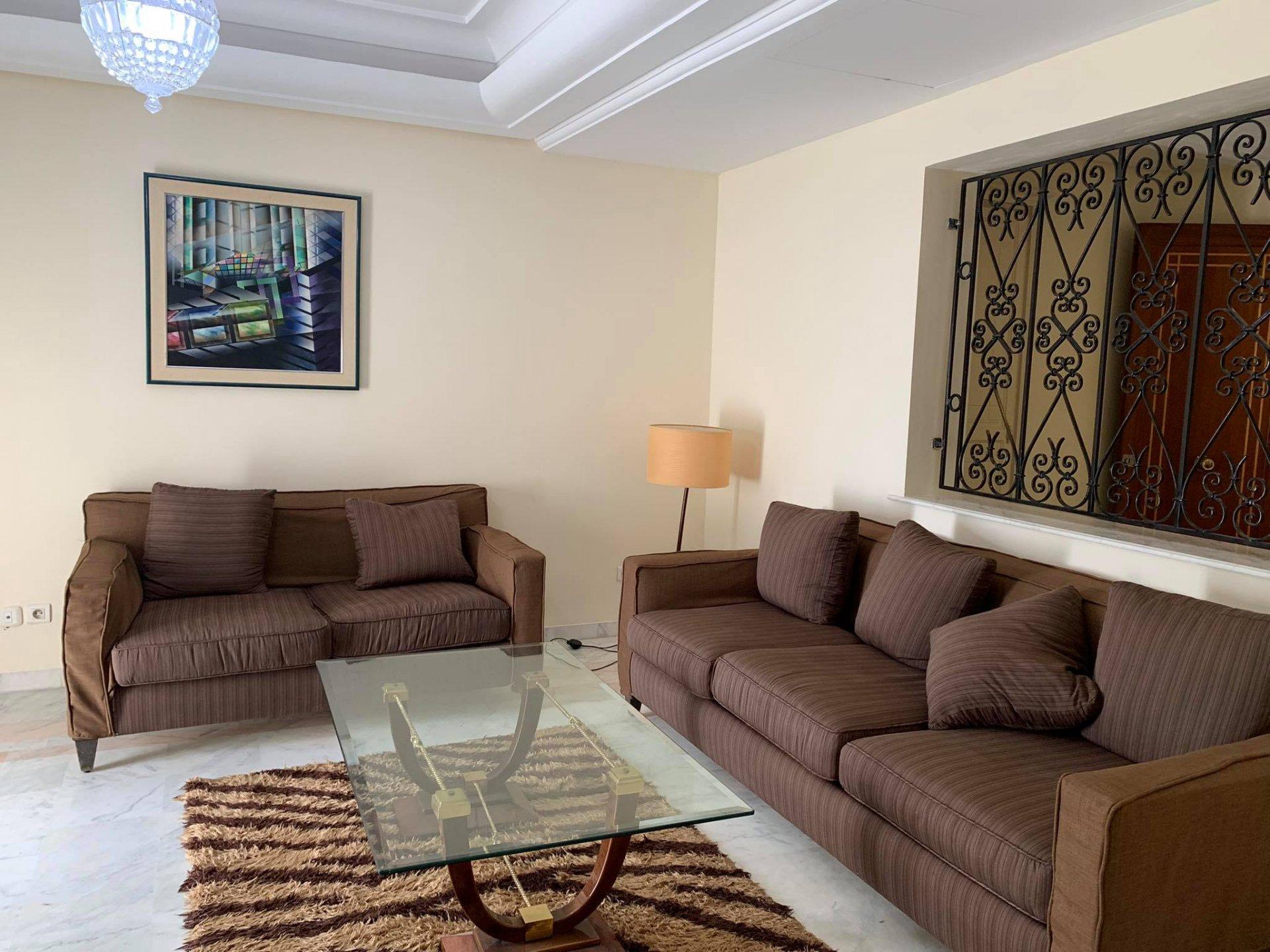 Location Appartement S+2 meublé front Lac 1