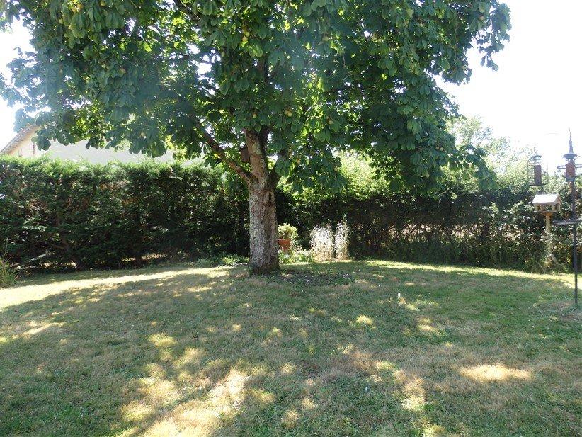 Zu verkaufen Haus mit Grundstück bei Montmorillon - Vienne